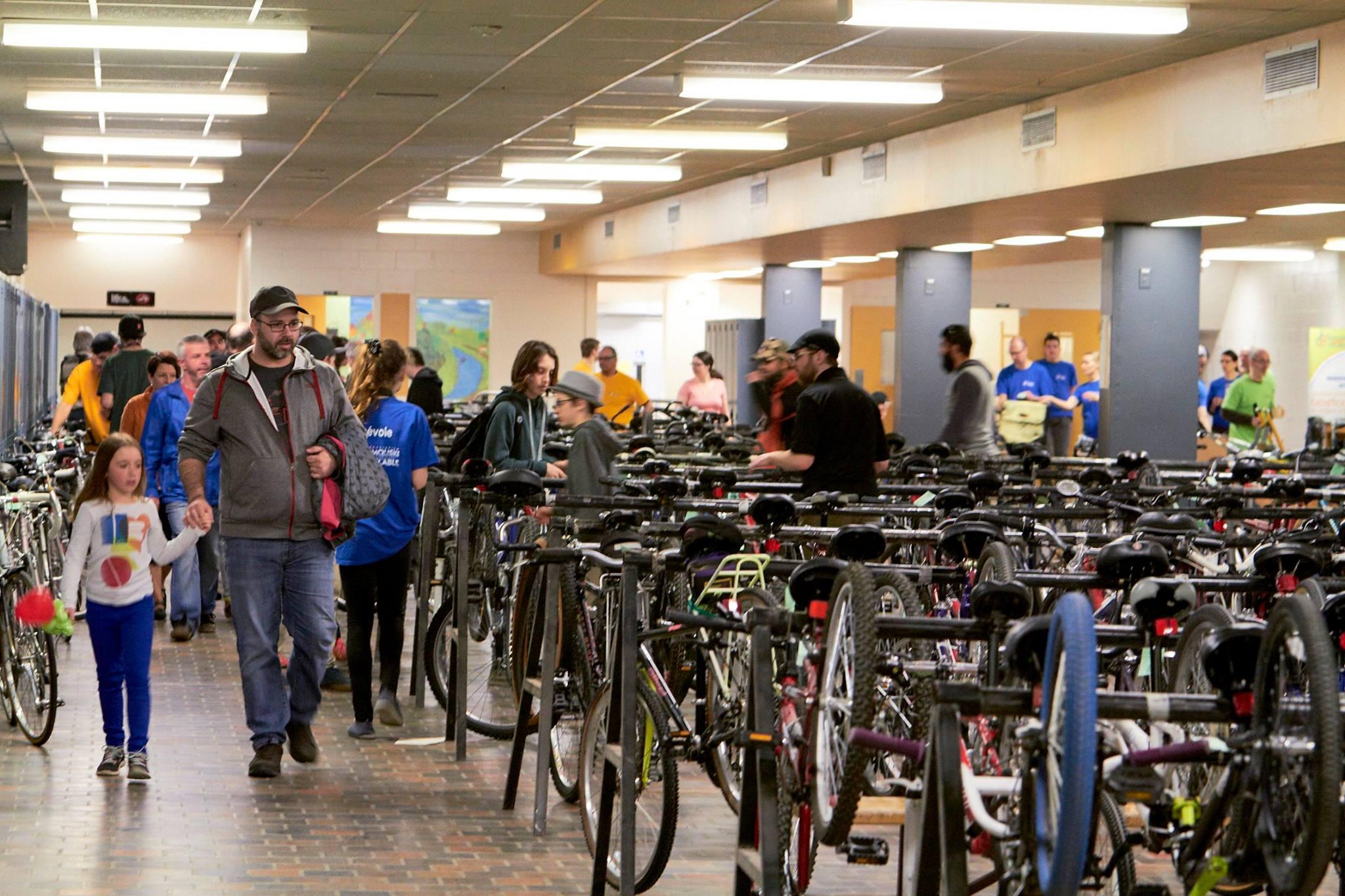 Le Vélo bazar de Rimouski attire de nombreux amateurs de vélo chaque année depuis 1994.