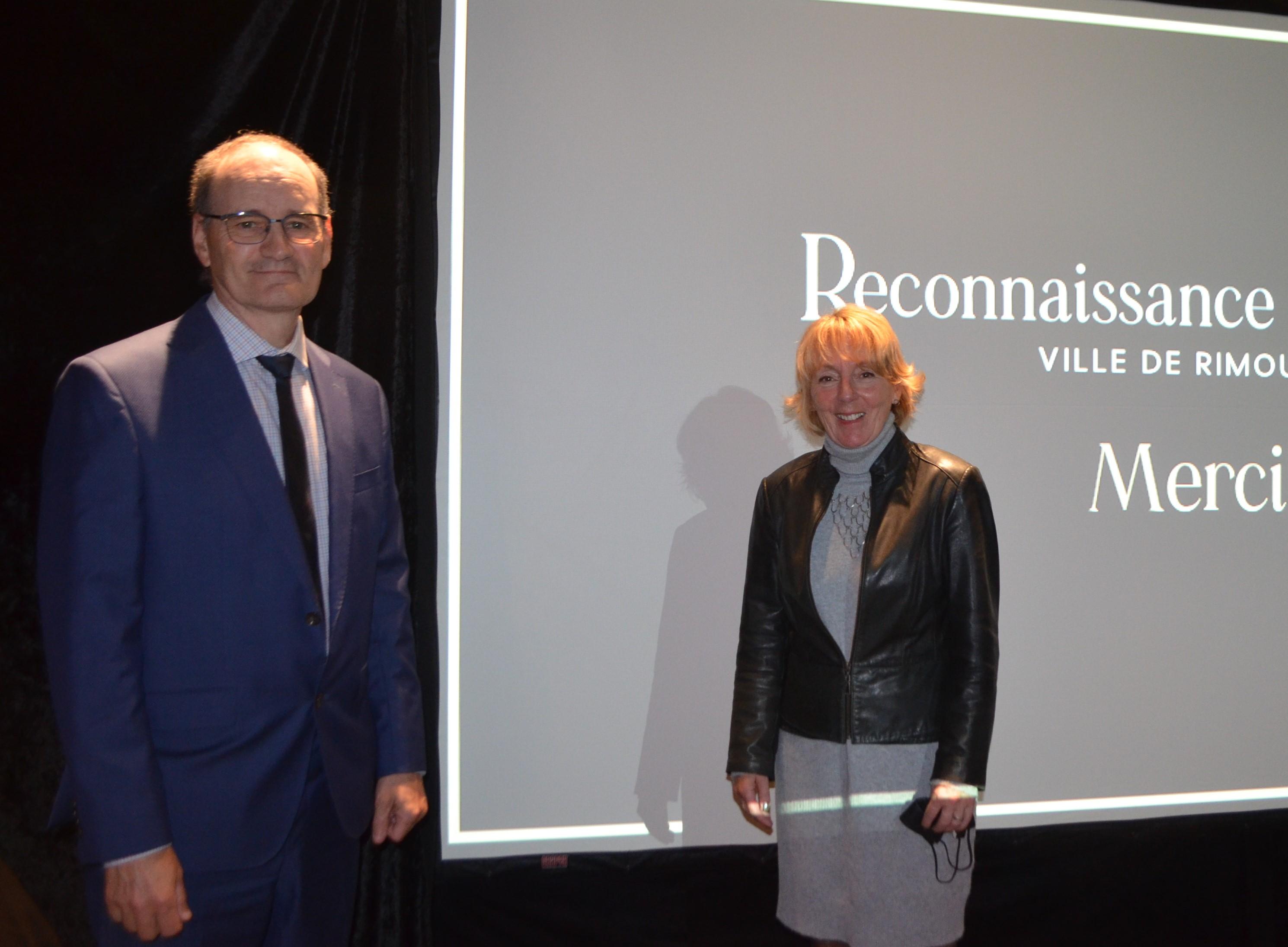 Les deux co-porte-paroles du comité d'analyse et de recommandation de candidatures de cette cérémonie, Jean-Pierre Ouellet et Nicole Poirier.