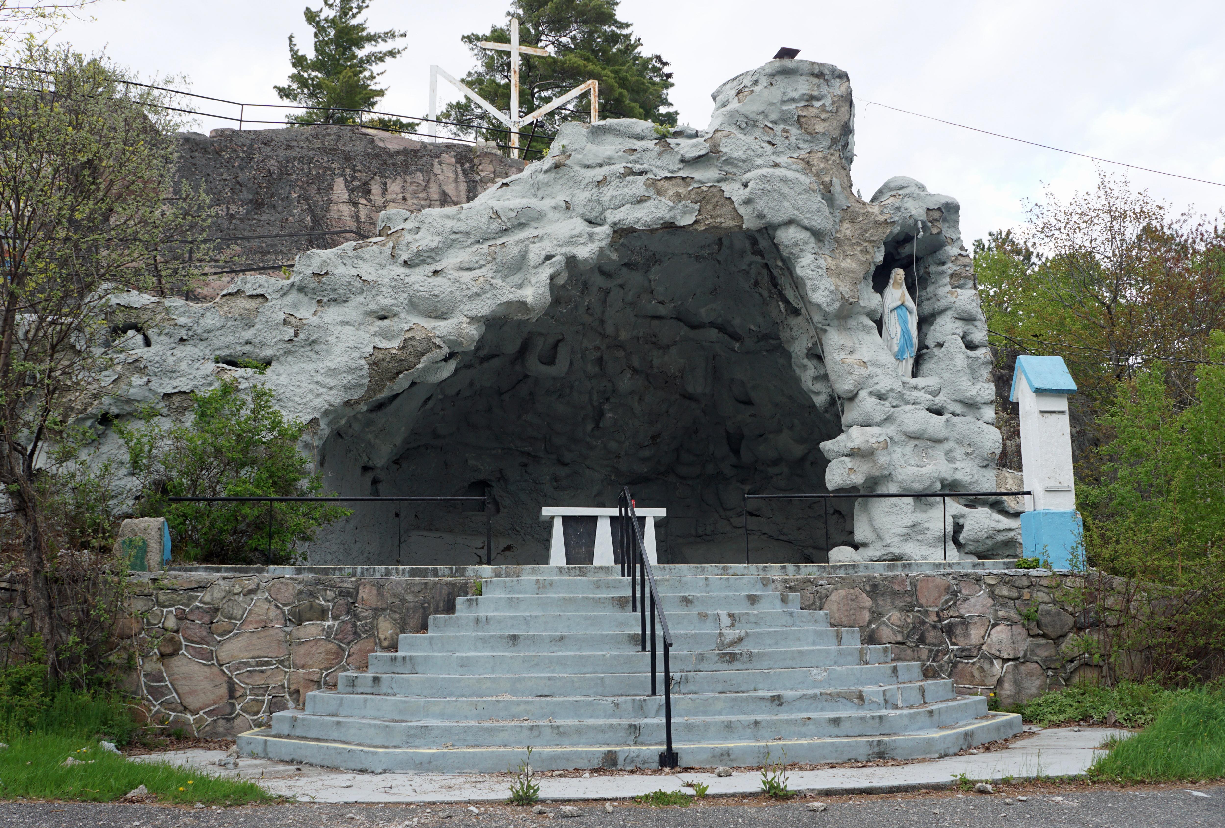 Grotte Ville-Marie