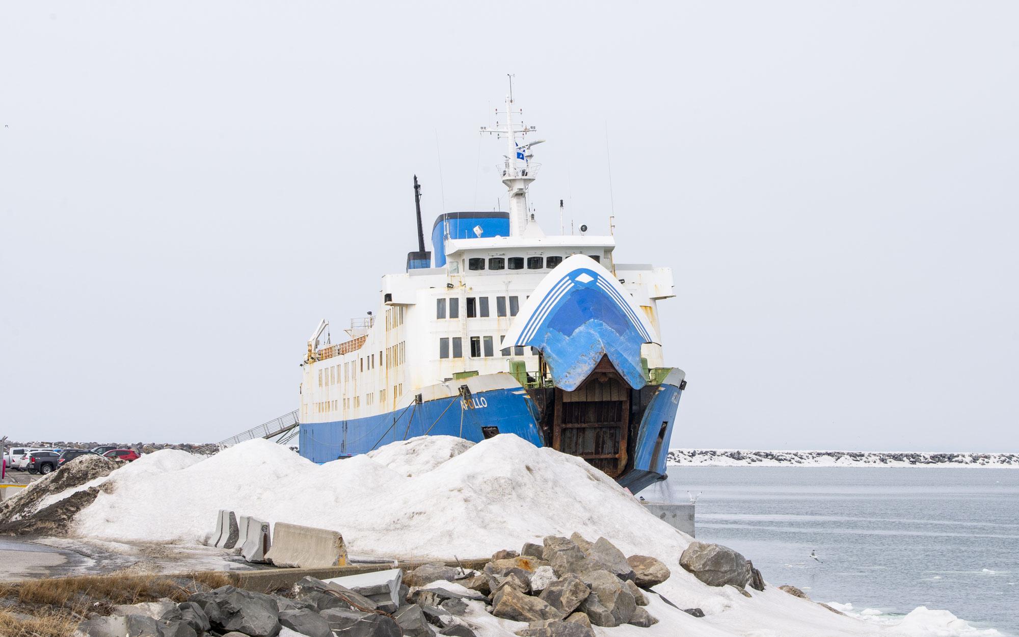 Apollo STQ Société des traversiers du Québec Matane