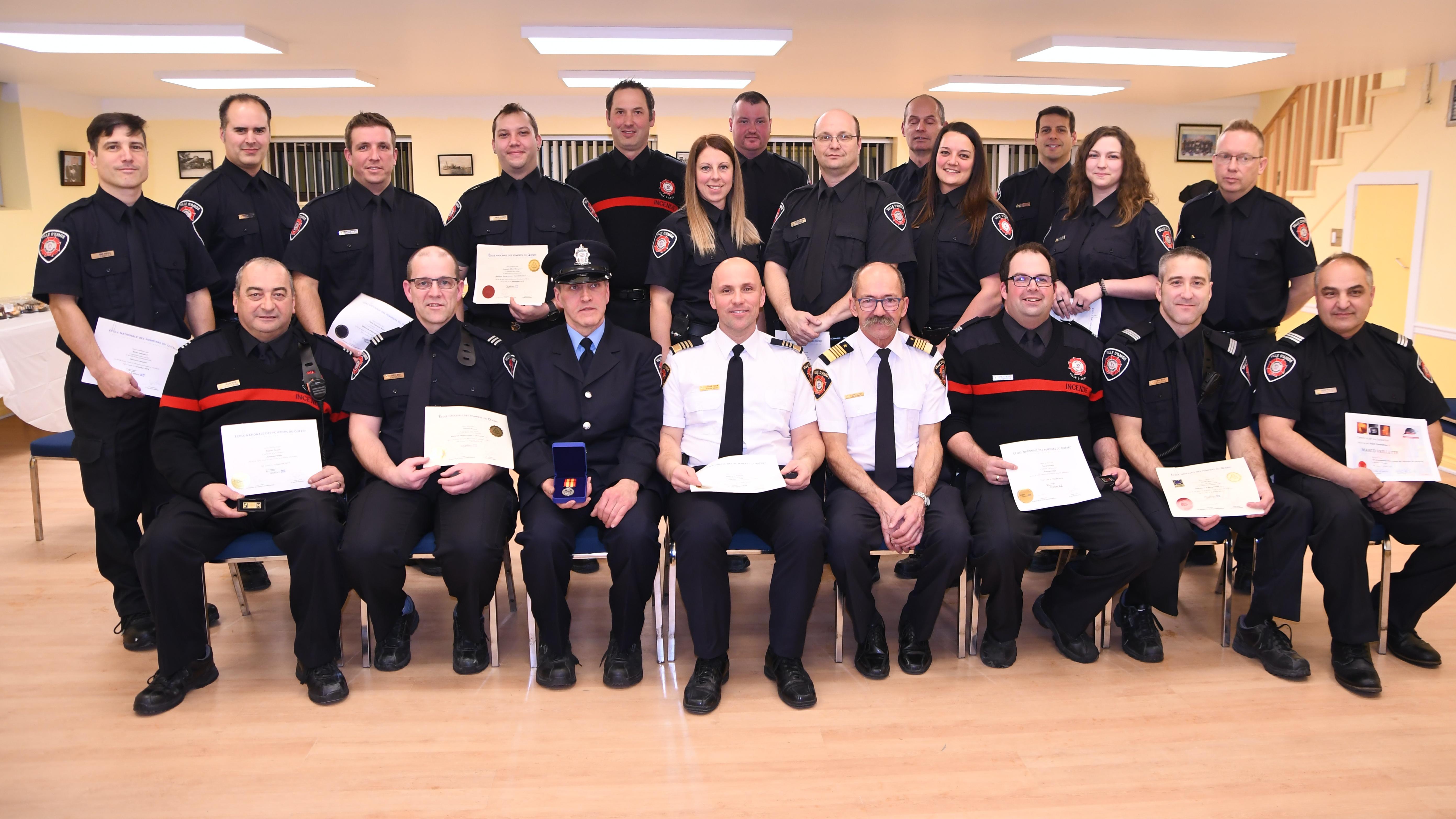 Pompiers Amos honneurs