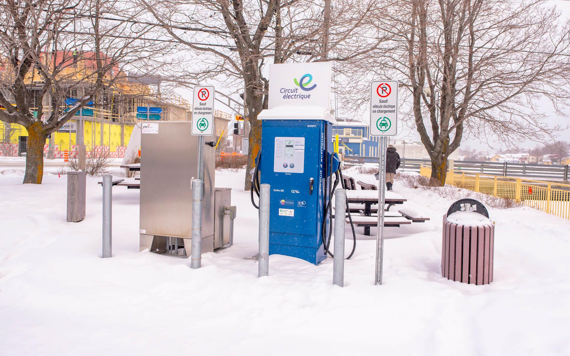 Borne recharge véhicule électrique Matane