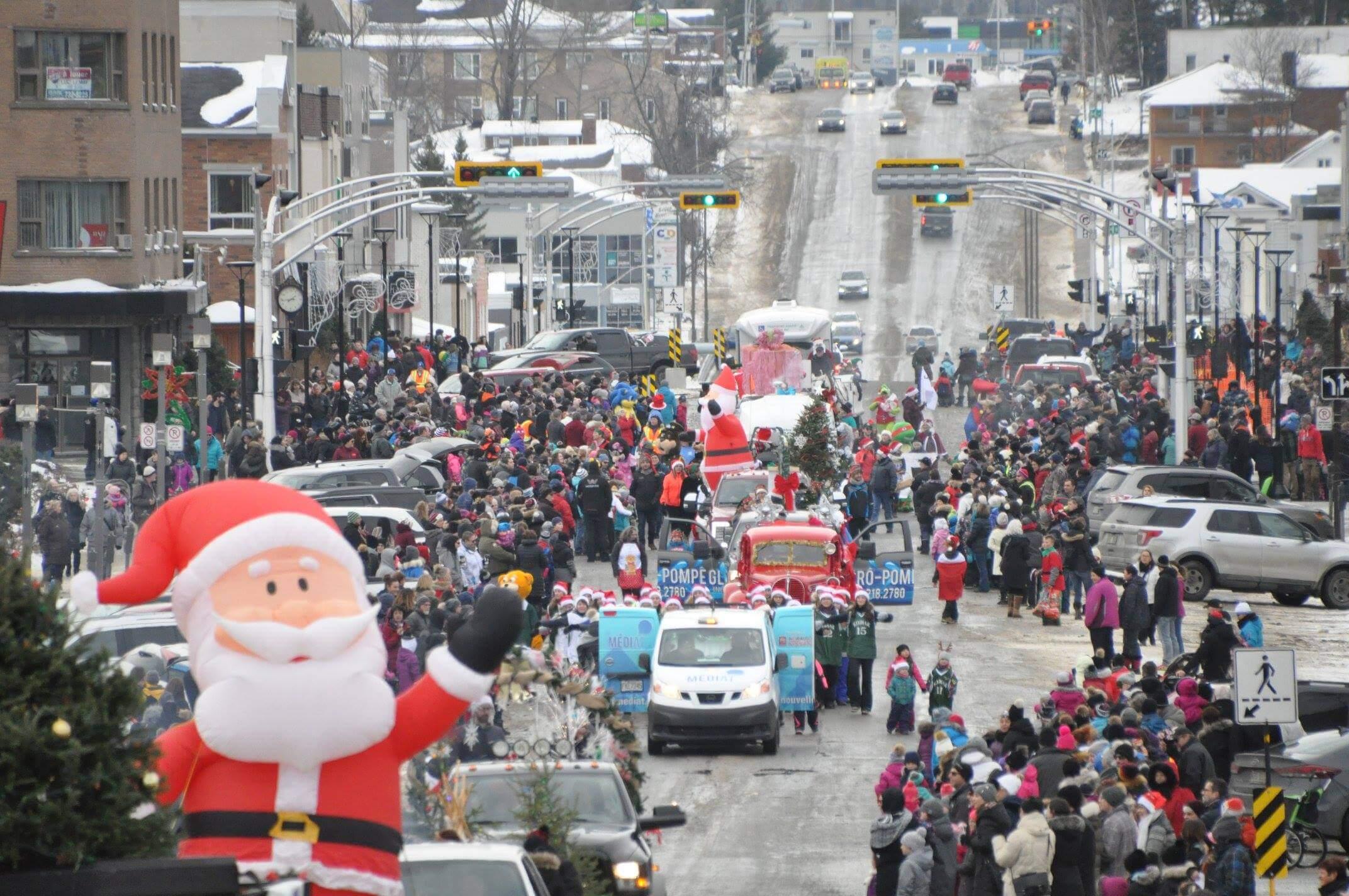 Parade Noel Amos