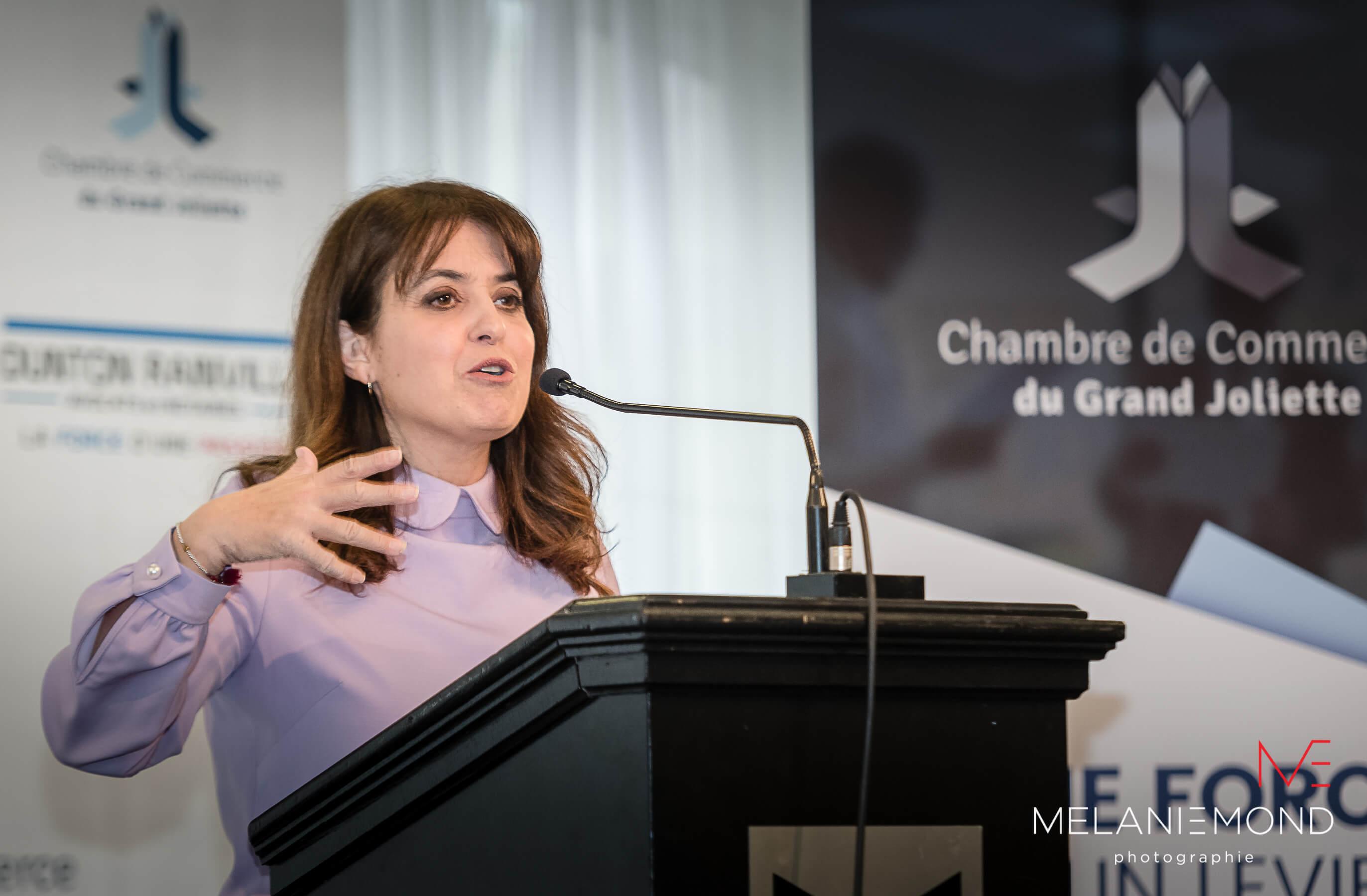 Véronique Hivon a donné une conférence le 7 juin 2018 devant des gens d'affaires, à Joliette.