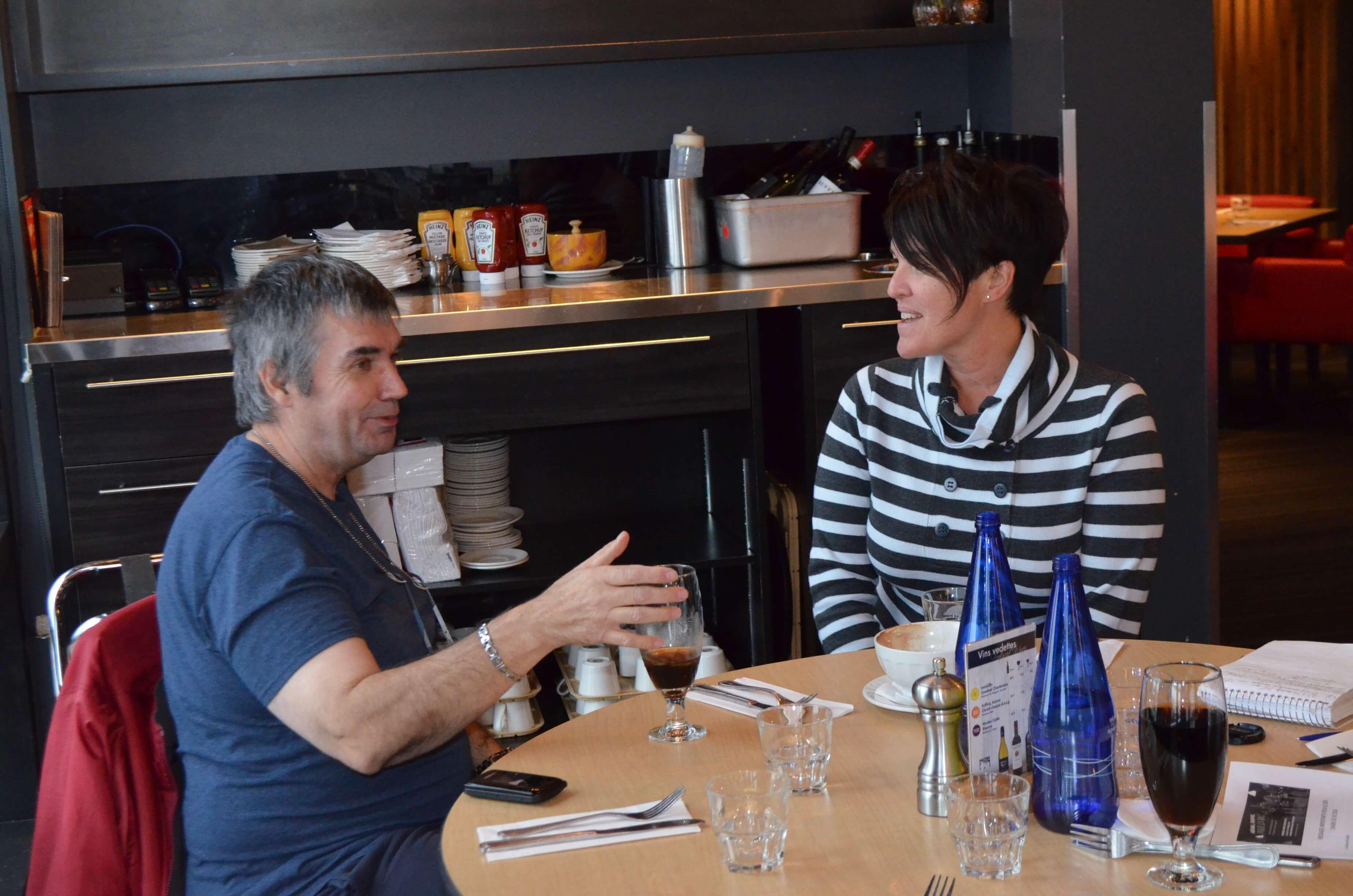 Michel Fournier de Mont-Joli et Isabelle Rancourt, coordonnatrice du « Défi Chaîne de vie ».