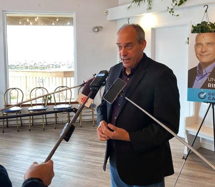 Guy Caron, candidat à la mairie de Rimouski.