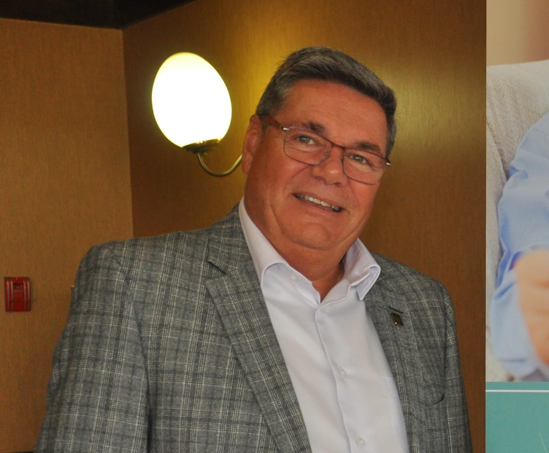 Yves Desjardins, président-directeur général du Regroupement québécois des résidences pour aînés (RQRA).