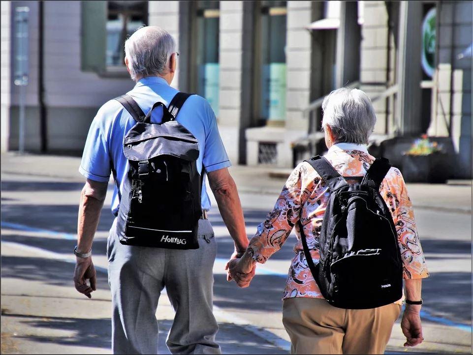 Plusieurs retraités préfèrent planifier de nouvelles aventures et des expériences inédites à cette étape de leur vie..
