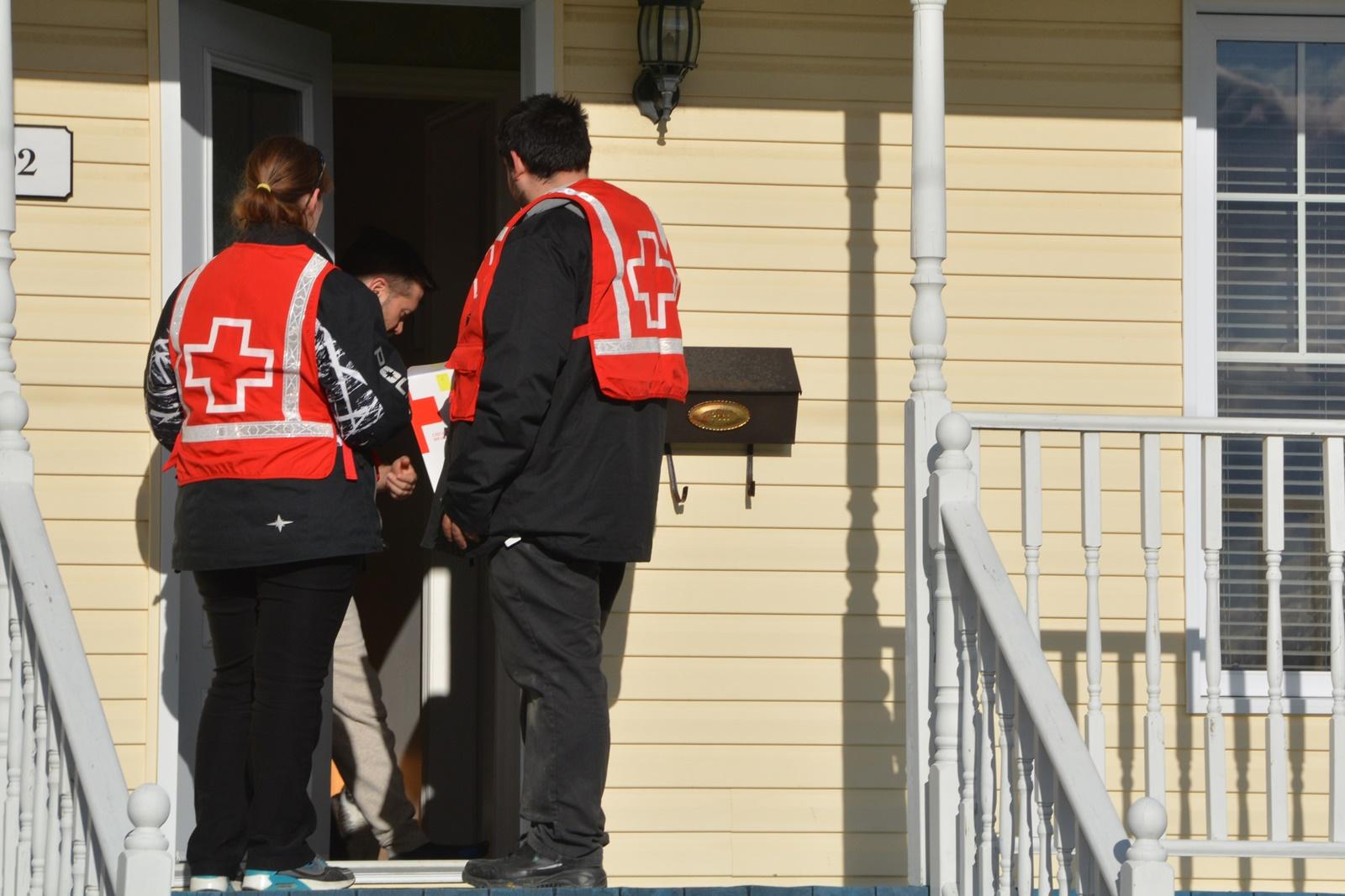 Collecte porte à porte Croix Rouge Amos