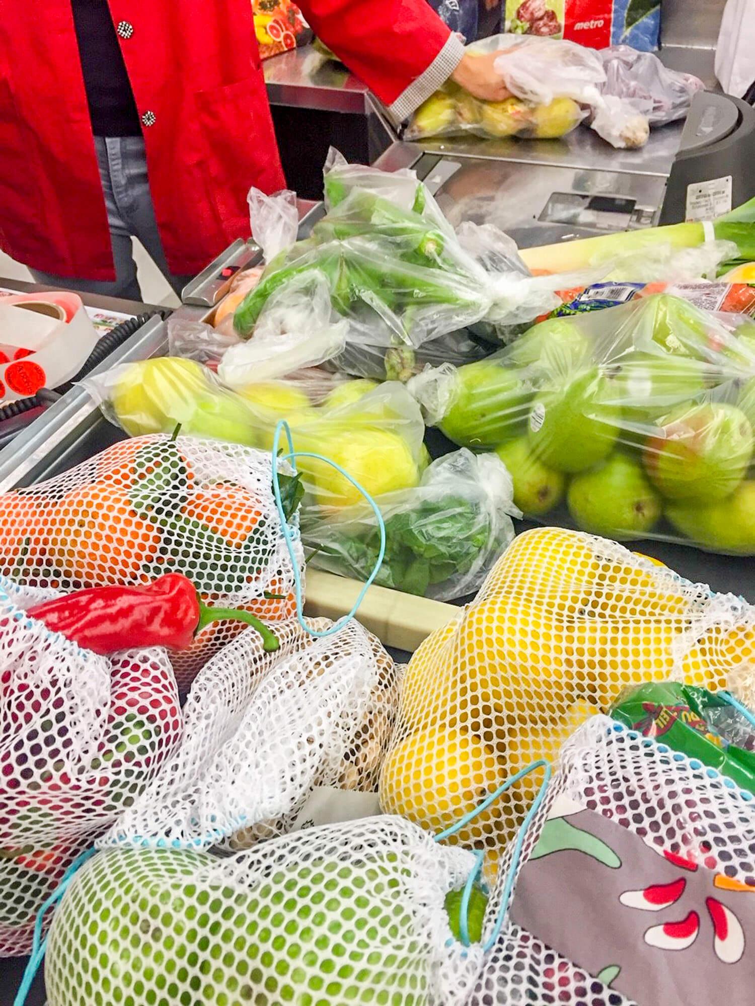 Sacs plastique réutilisables fruits et légumes environnement