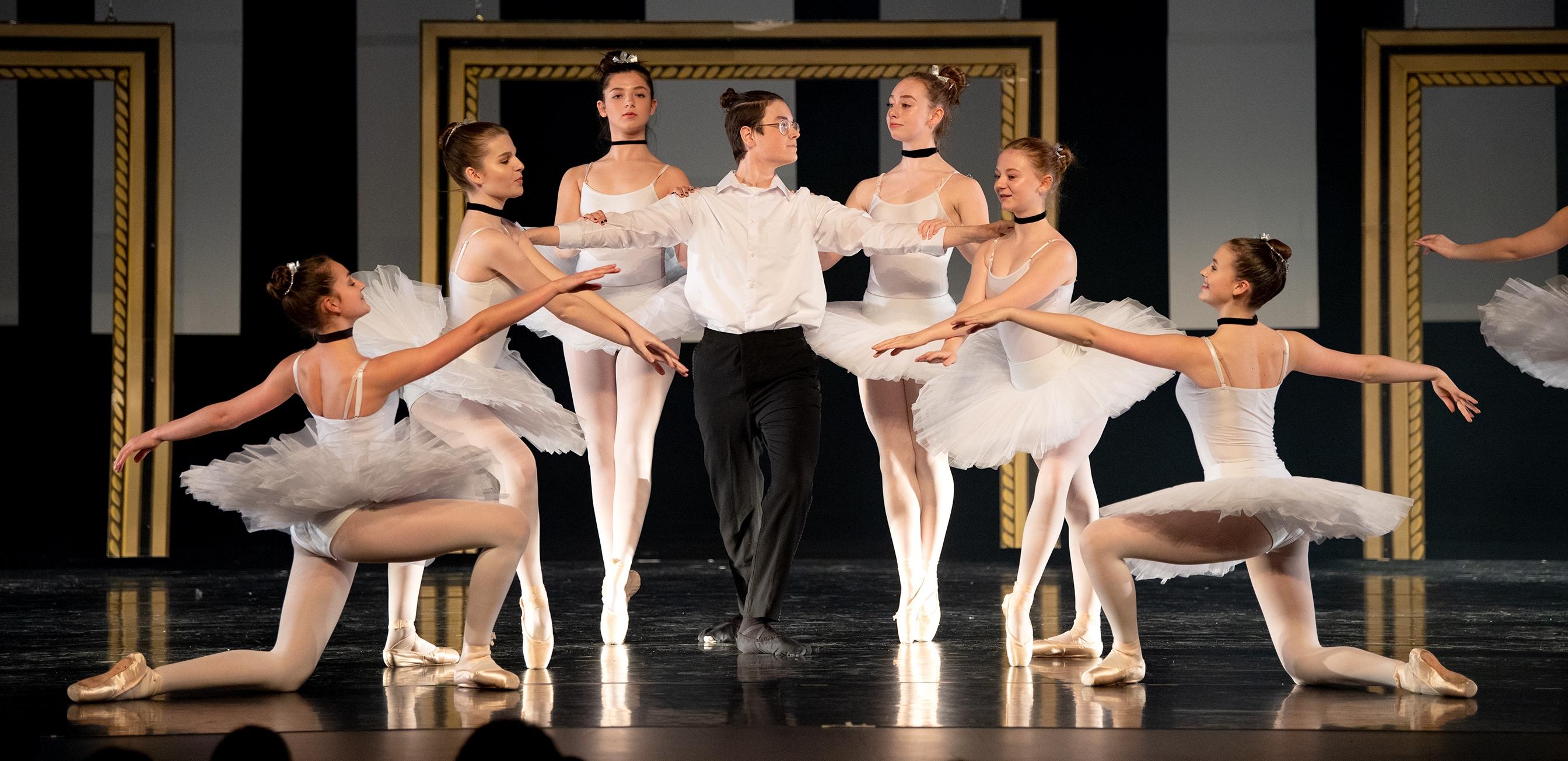 Les cours de ballet classique à l'École de danse Quatre Temps - Rimouski..