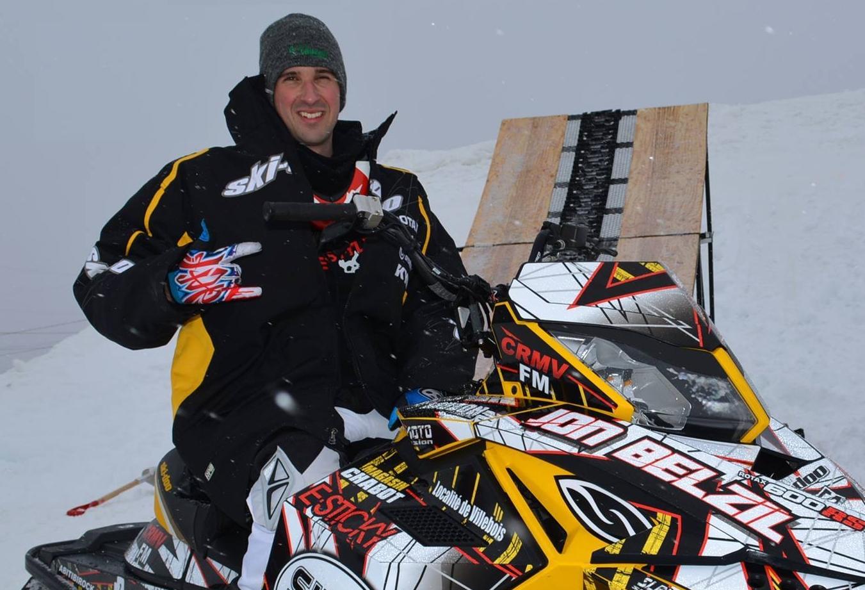 Jonathan Belzil motoneige