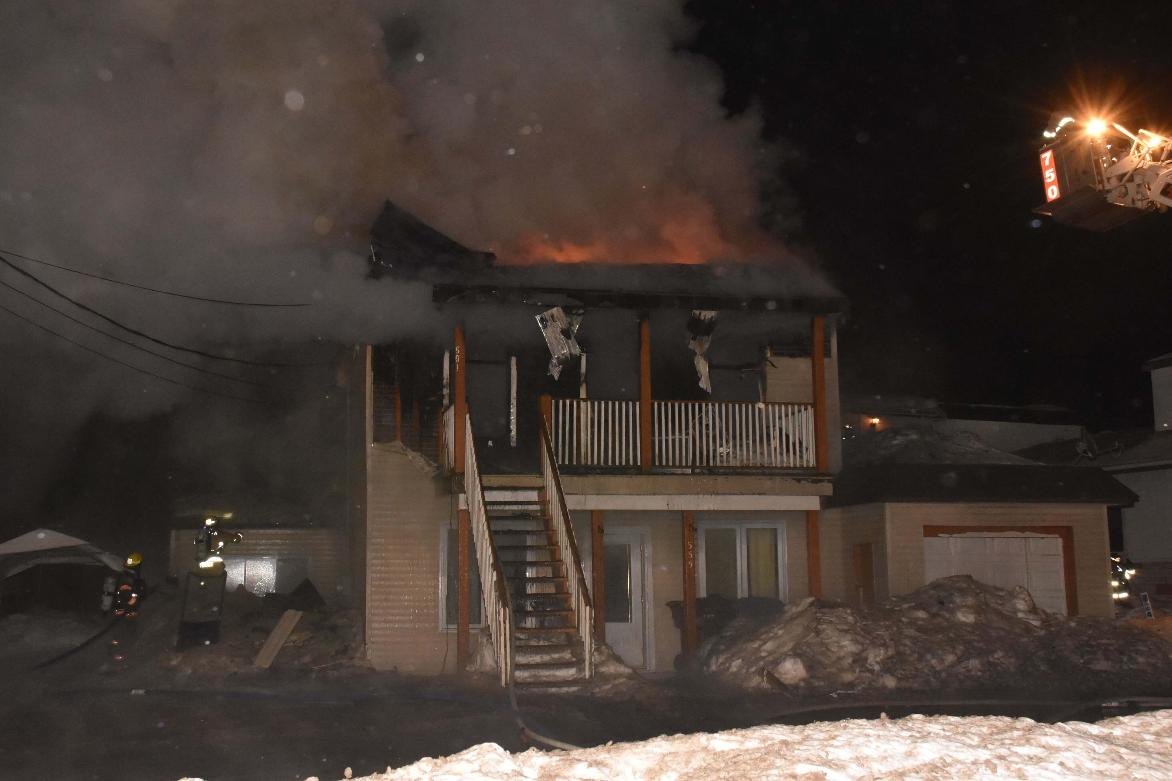Incendie de bâtiment à Saint-Lin-Laurentides