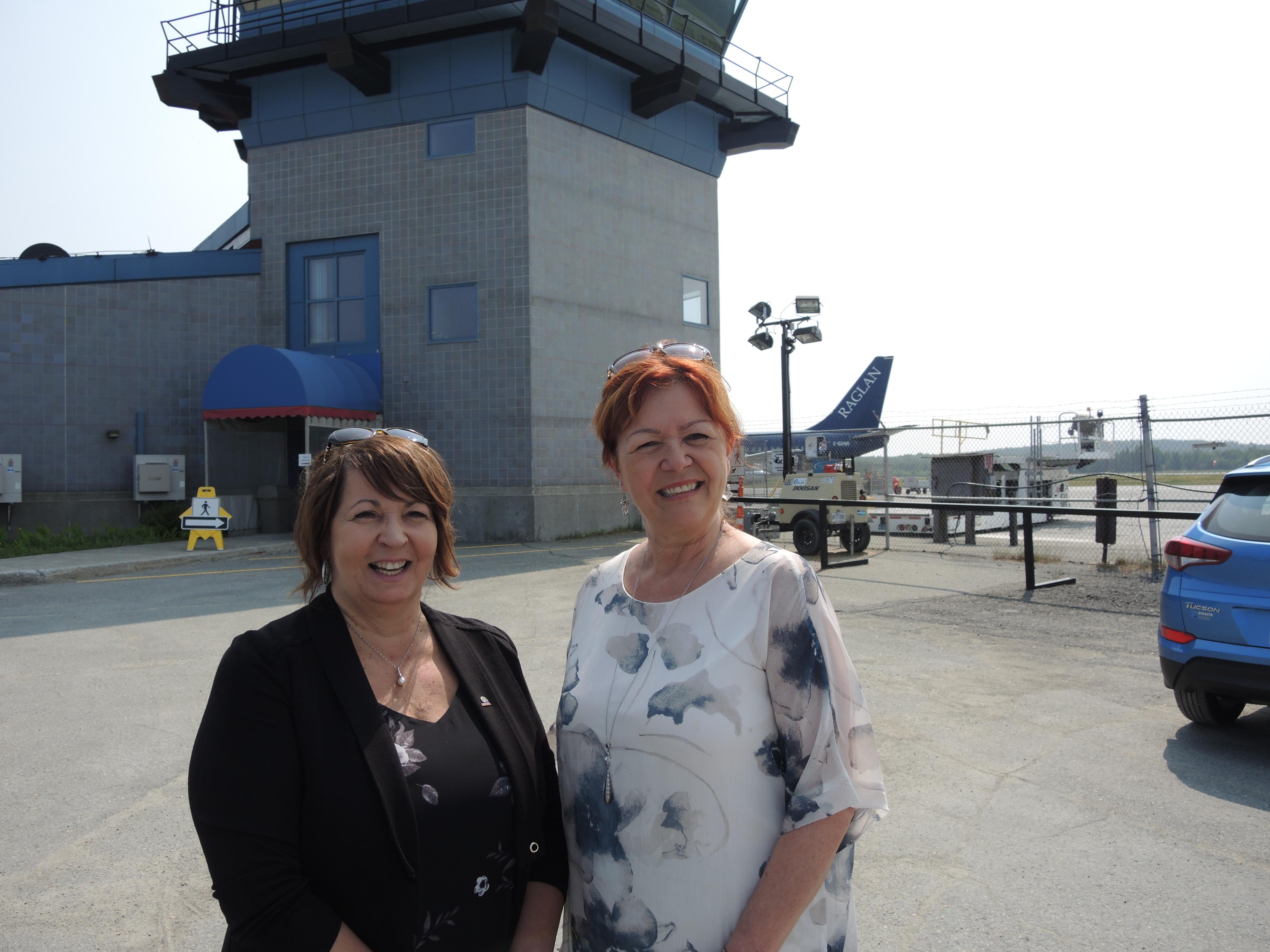 Marie-reine robert Diane Dallaire rouyn-Noranda aeroport