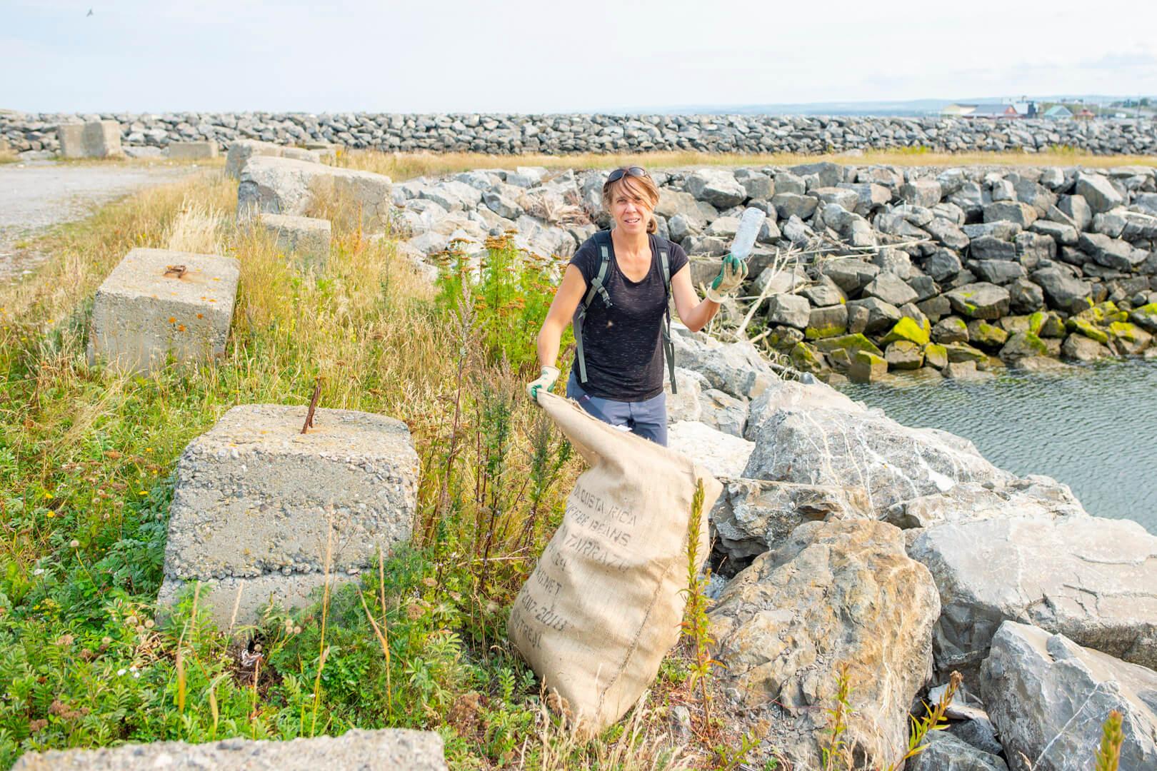 Ramassage déchets Matane Mission 100 tonnes Nettoyons la planète en un jour environnement
