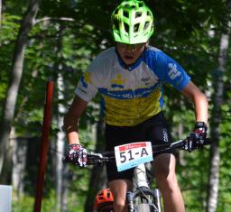 Un Amquien de 13 ans excelle au vélo de montagne