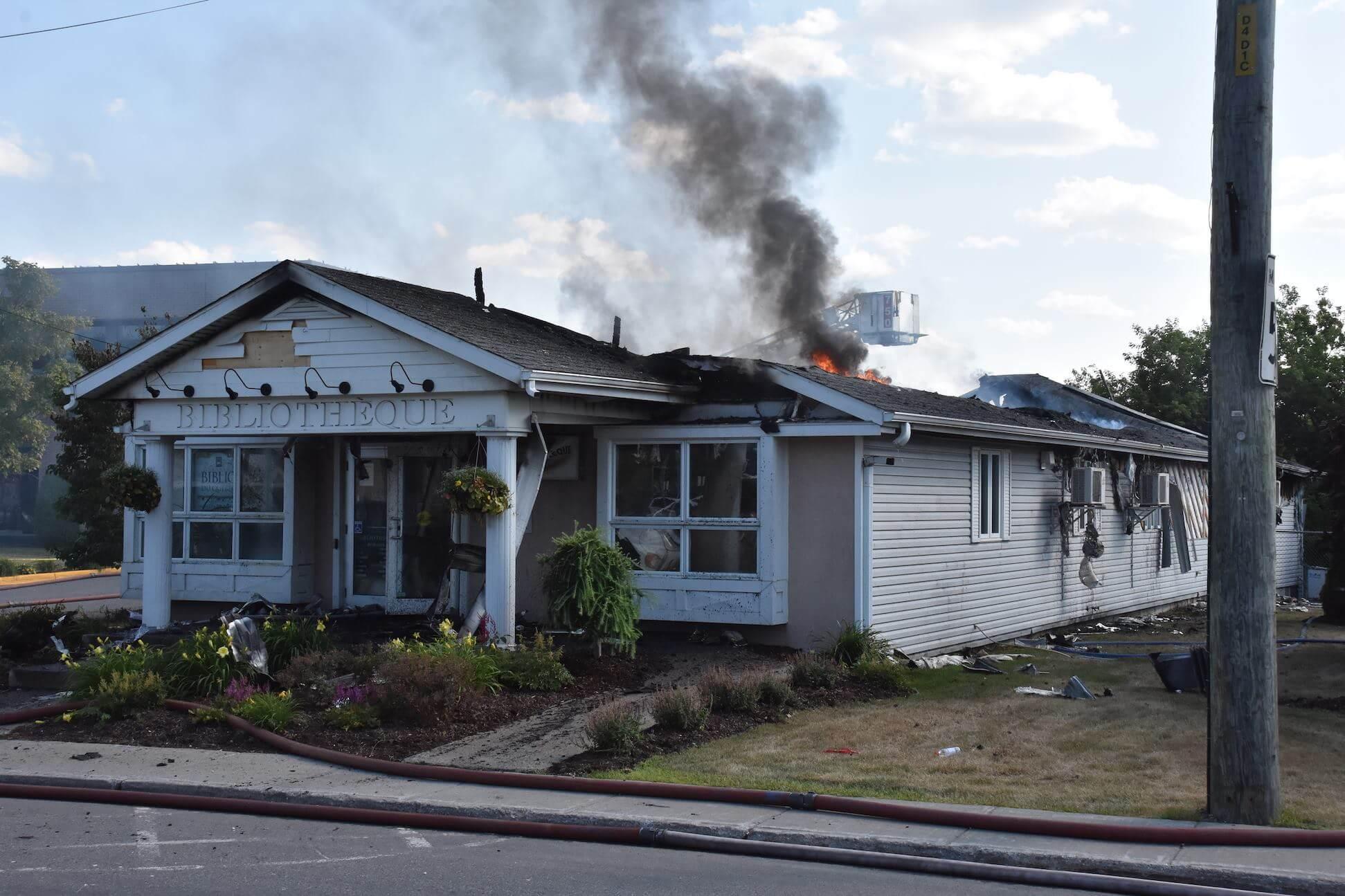Incendie de la bibliothèque à Saint-Lin-Laurentides