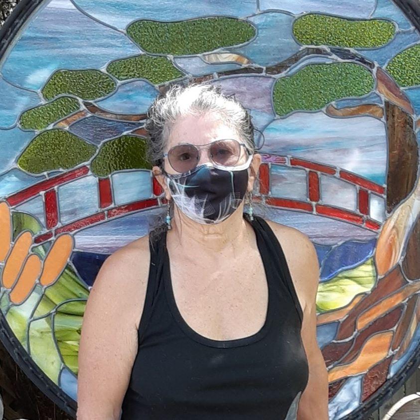 Francyne Plante, masques