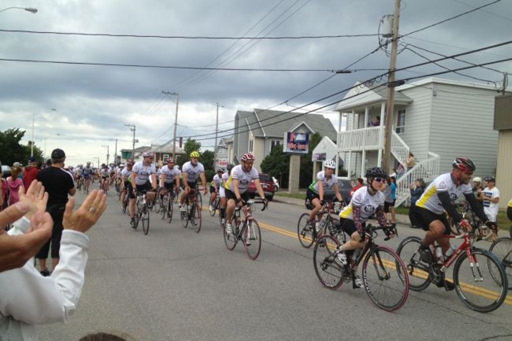 Le défi Vélo Plein Air pourrait reprendre en septembre. Scénario à venir pour le Vélo Tour de la Gaspésie.