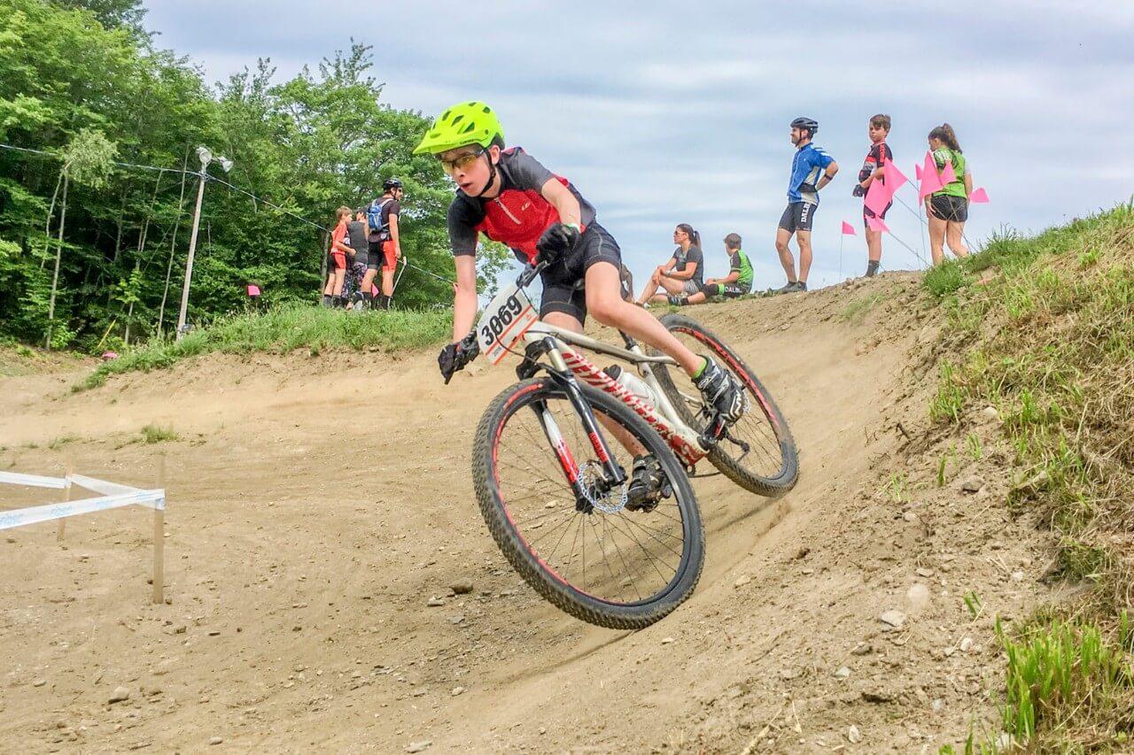 Le jeune cycliste Hubert Ouellet représentera Matane aux Jeux du Québec en vélo de montagne