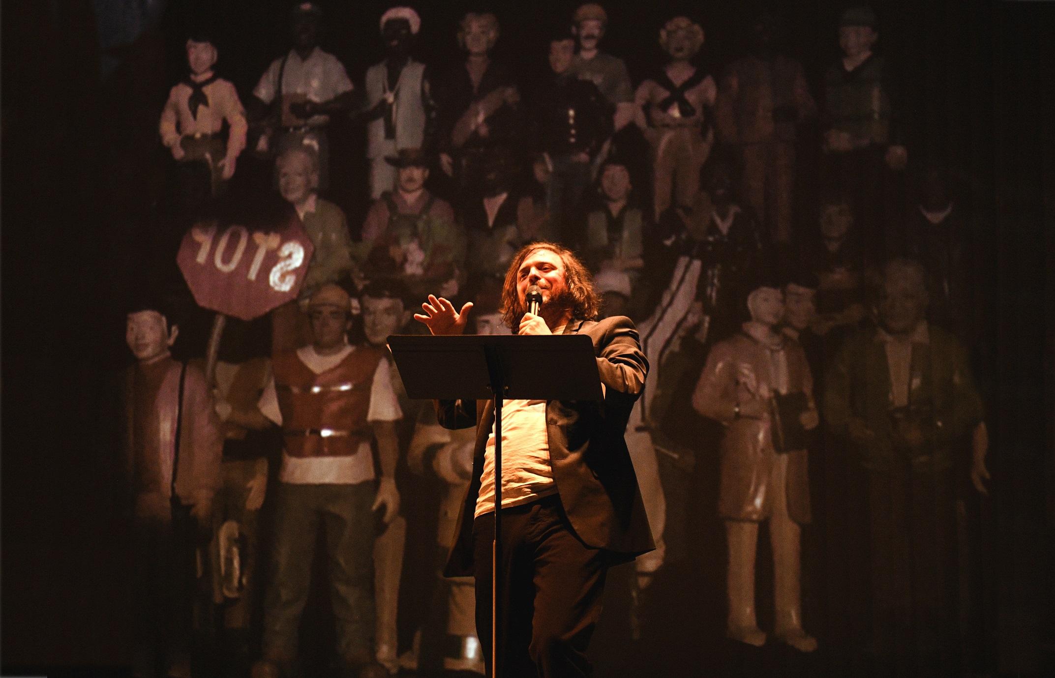 « Constituons », une œuvre qui allie théâtre interactif, recherche universitaire et débat de société.