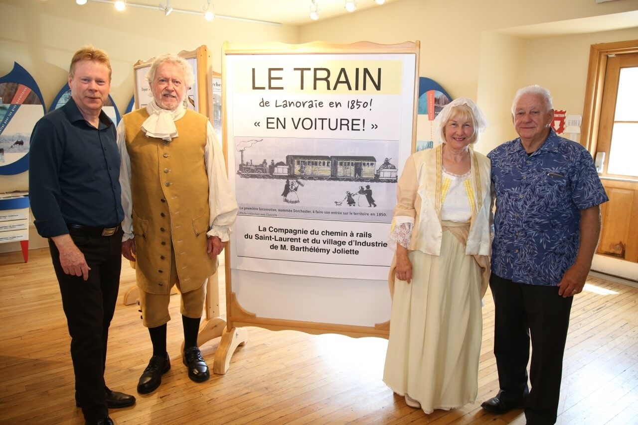 Inauguration exposition train