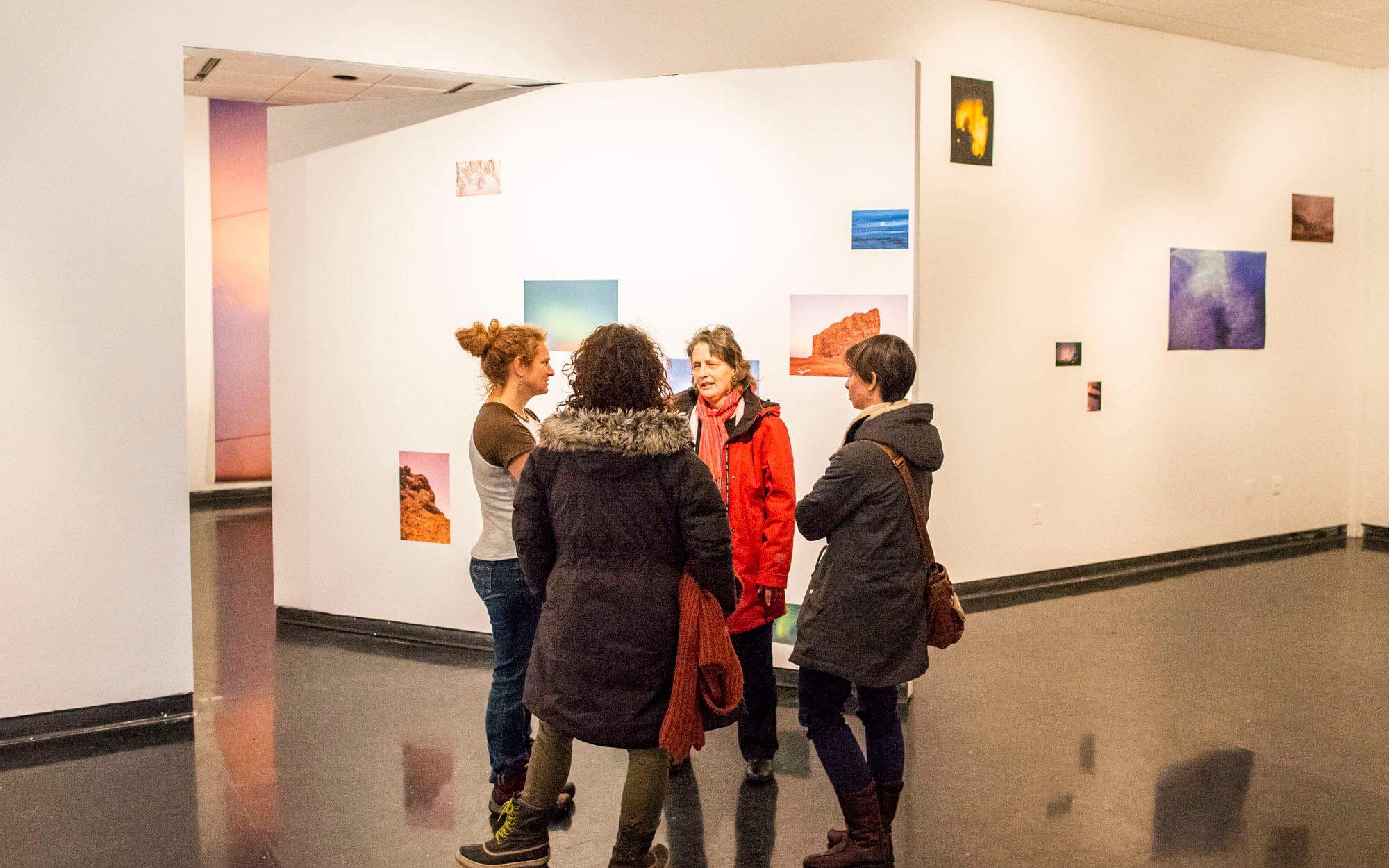 Vernissage exposition Les entretemps Espaces F Matane complexe culturel photographie