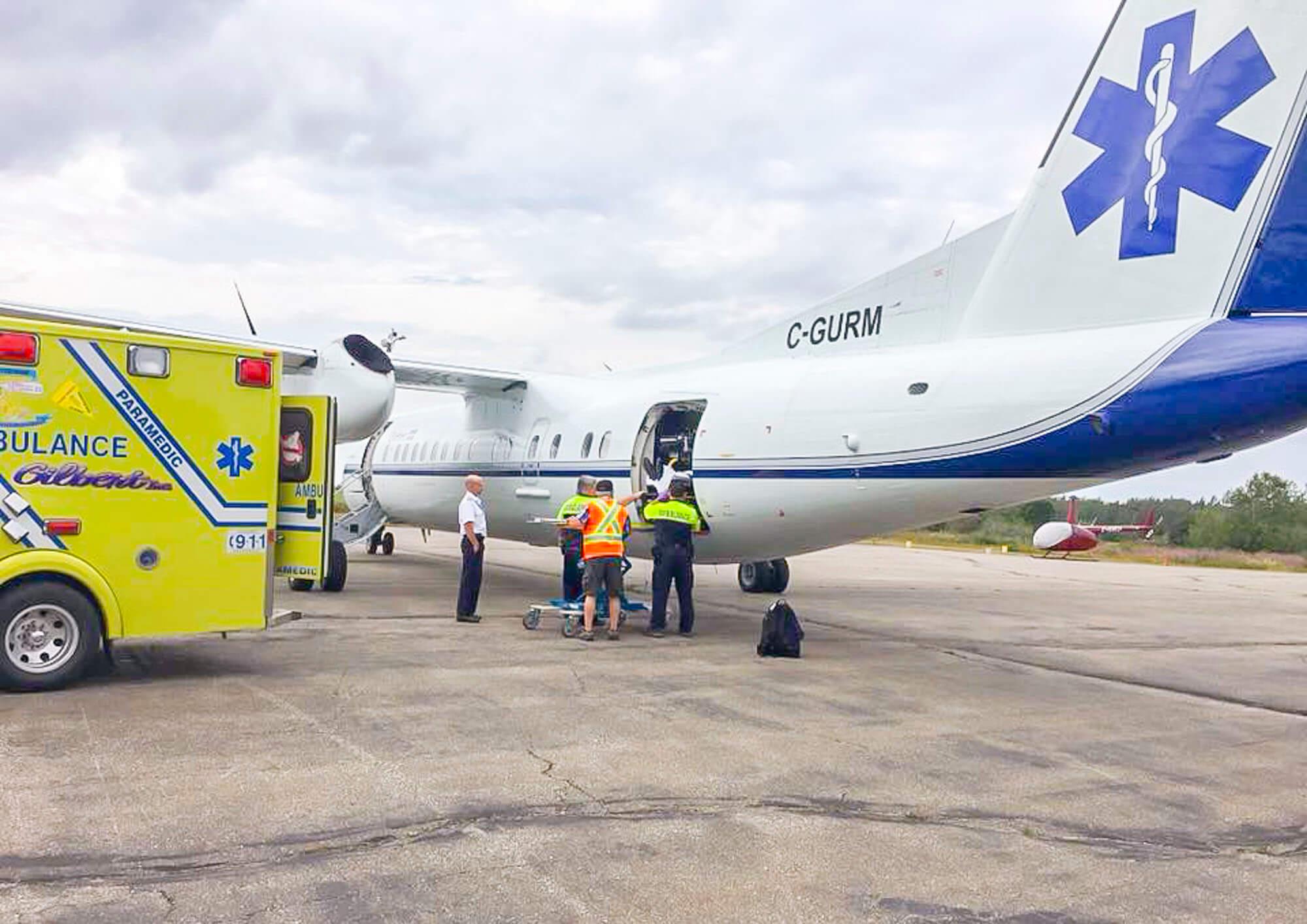 Aéroport Matane avion-ambulance urgences évacuations aérodrome Dash 8