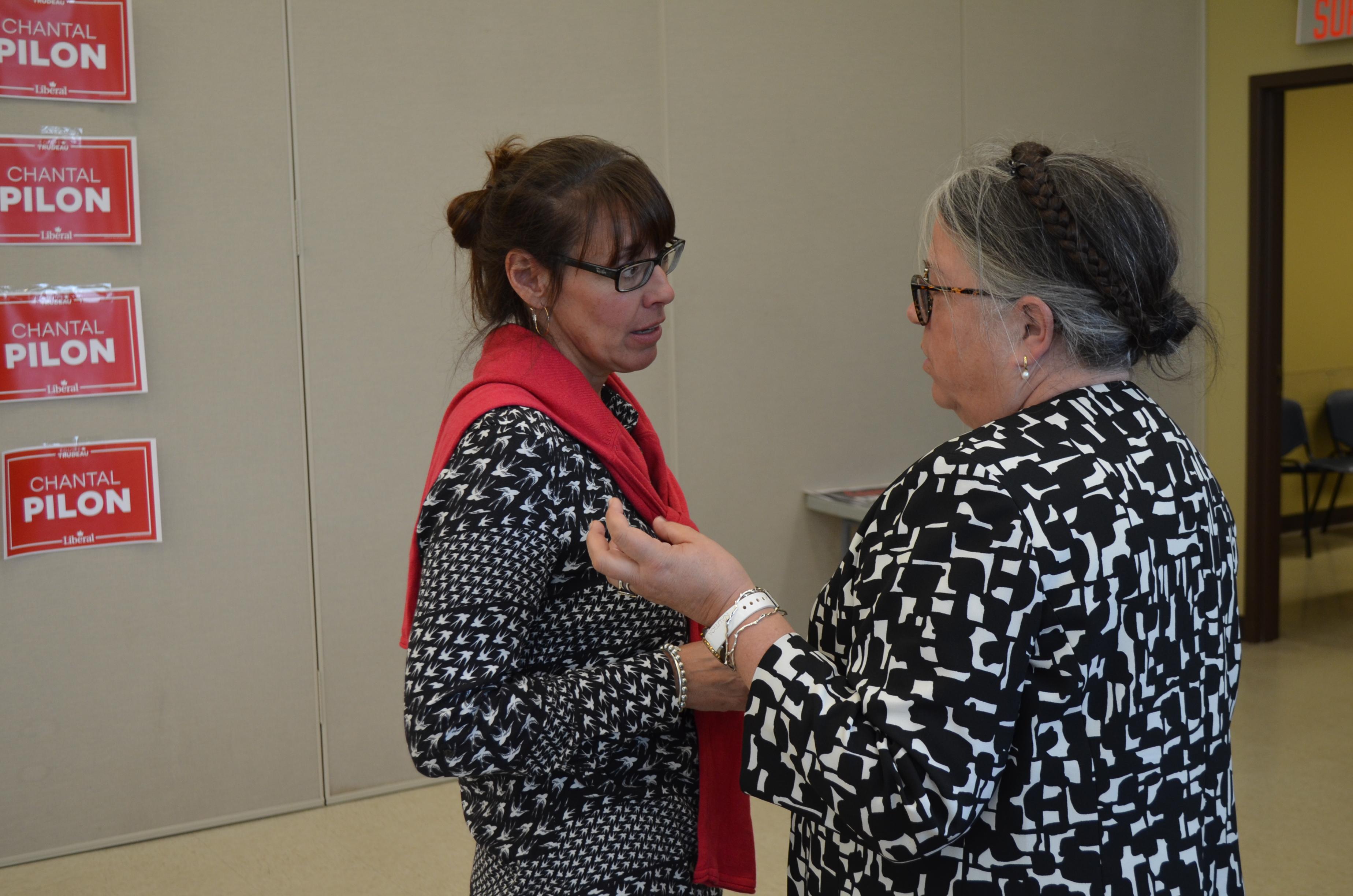 Chantal Pilon et Diane Lebouthillier.