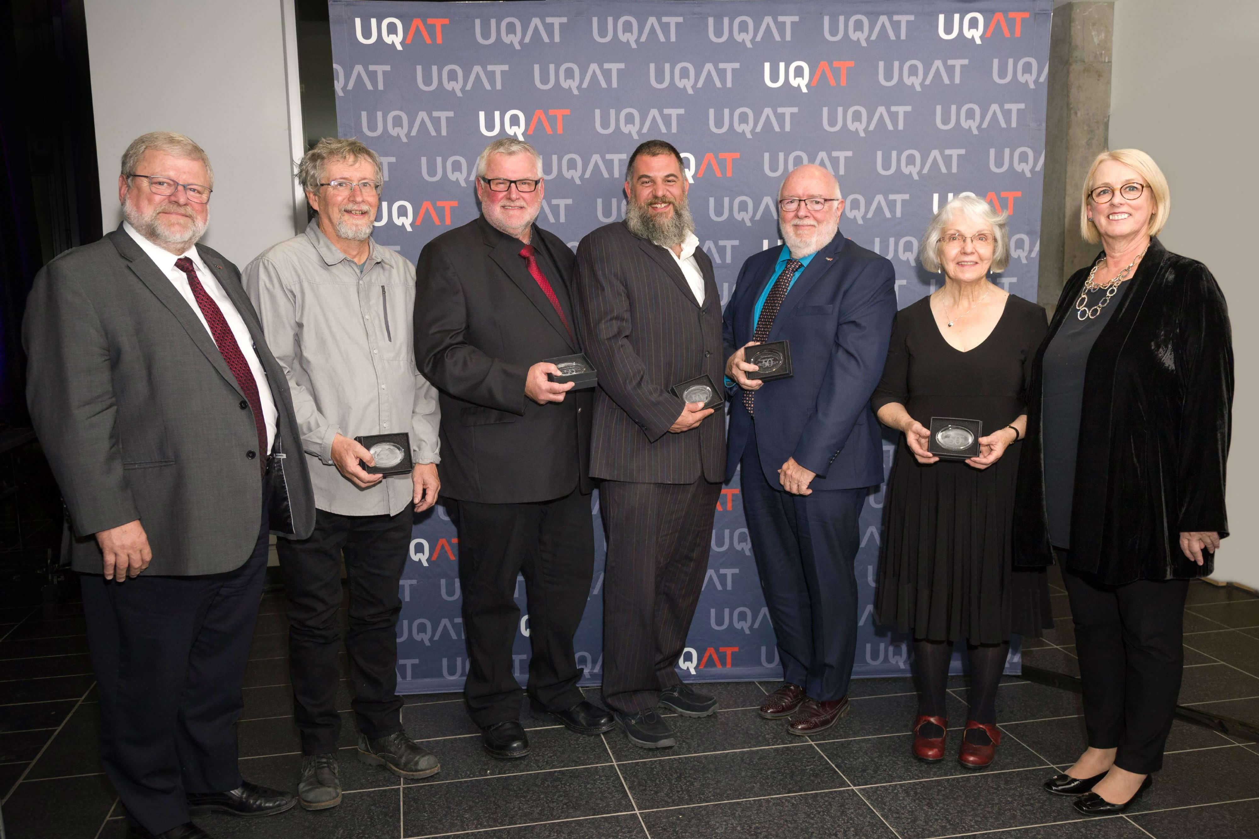 UQAT_medailles_50_ans