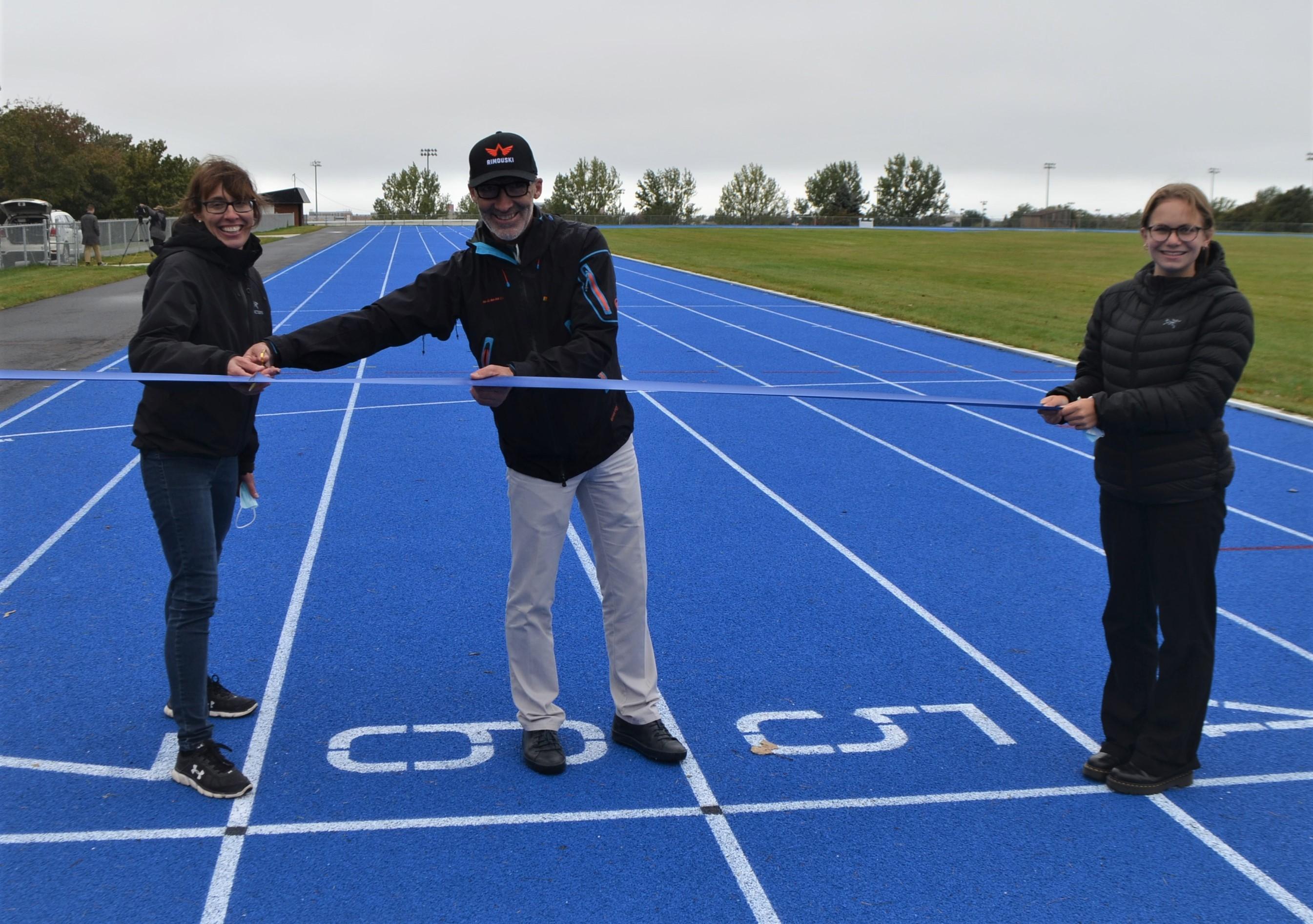 Chantal Pilon et Marc Parent, piste d'athlétisme complexe Guillaume-Leblanc.
