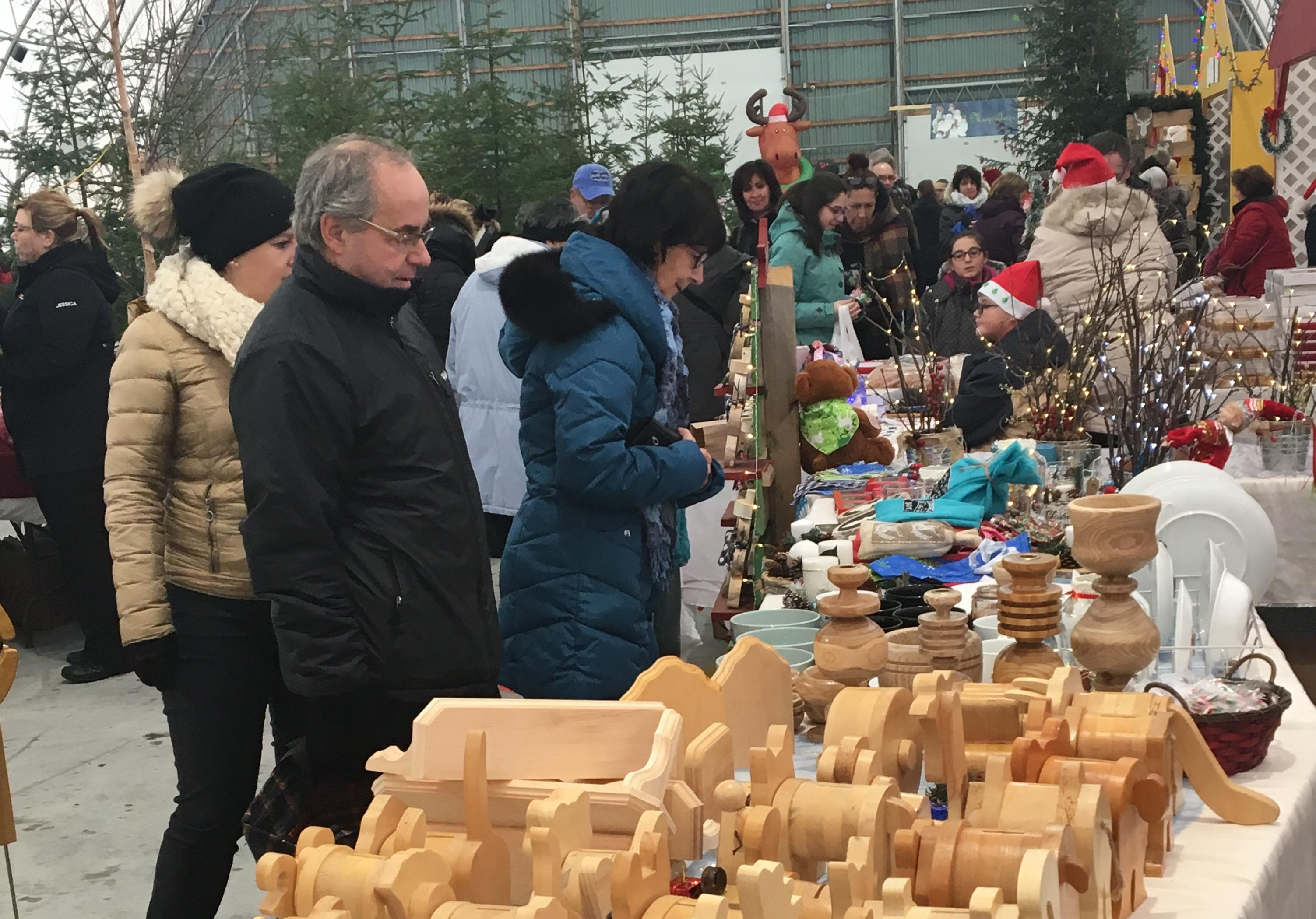 Marché Noël La Corne