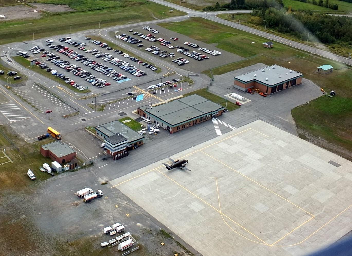 L'aéroport de Mont-Joli subira d'importants travaux de rénovation dès la prochaine année.
