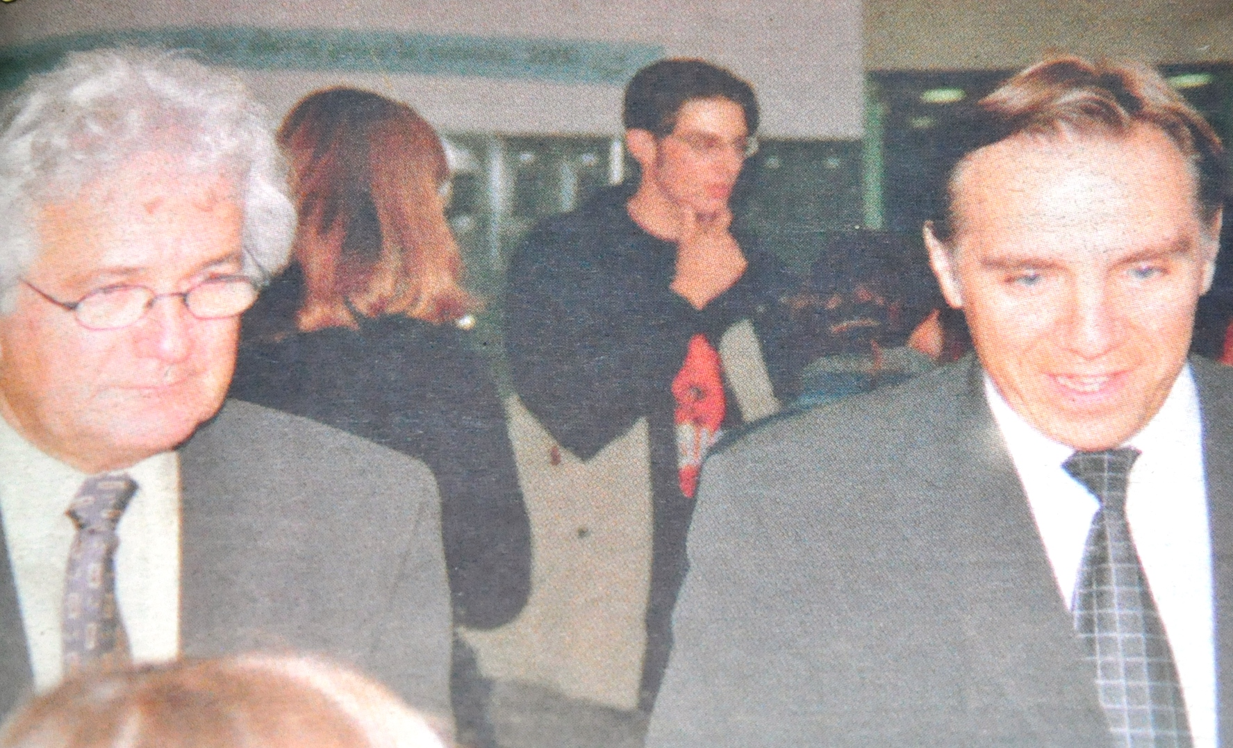 Archives octobre 2000