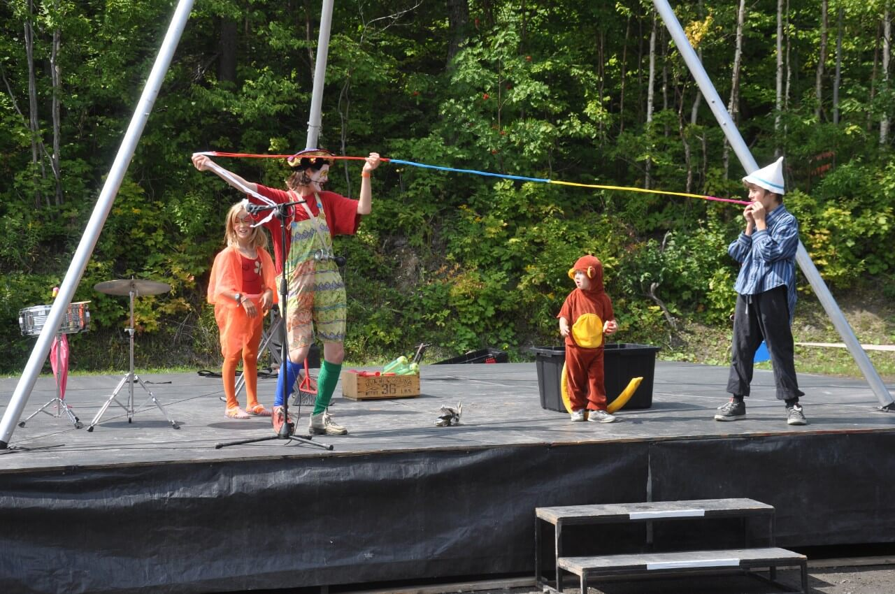 Festival cirque Le Détour Mont-Comi