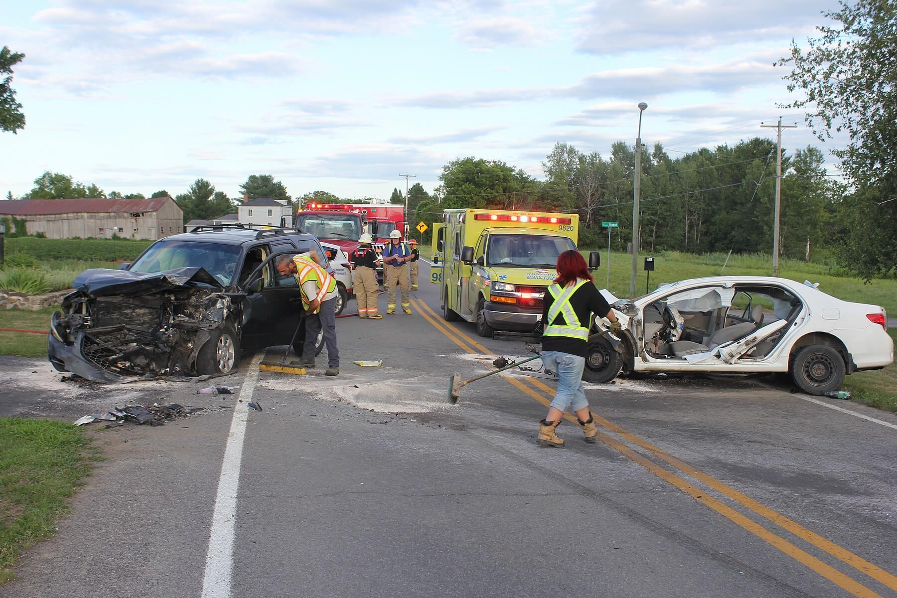 accident face à face collision à Saint-Liguori