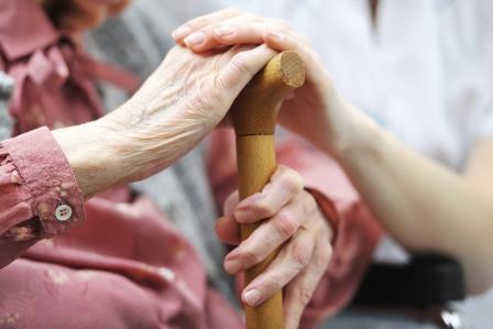 Mains ainés canne personnes âgées
