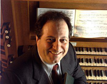 l'organiste-claveciniste, Yves-G. Préfontaine