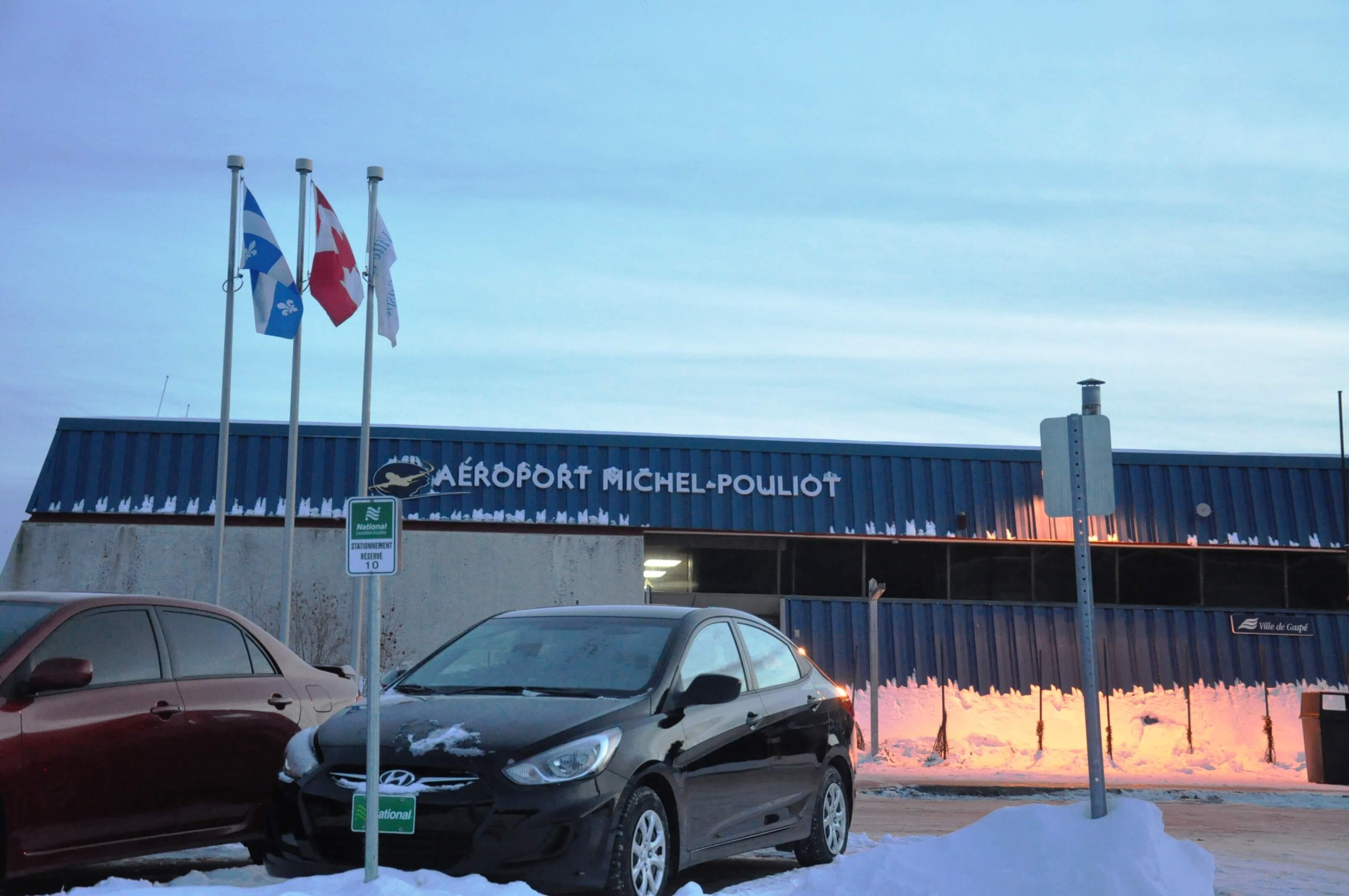 Aéroport Gaspé Michel-Pouliot