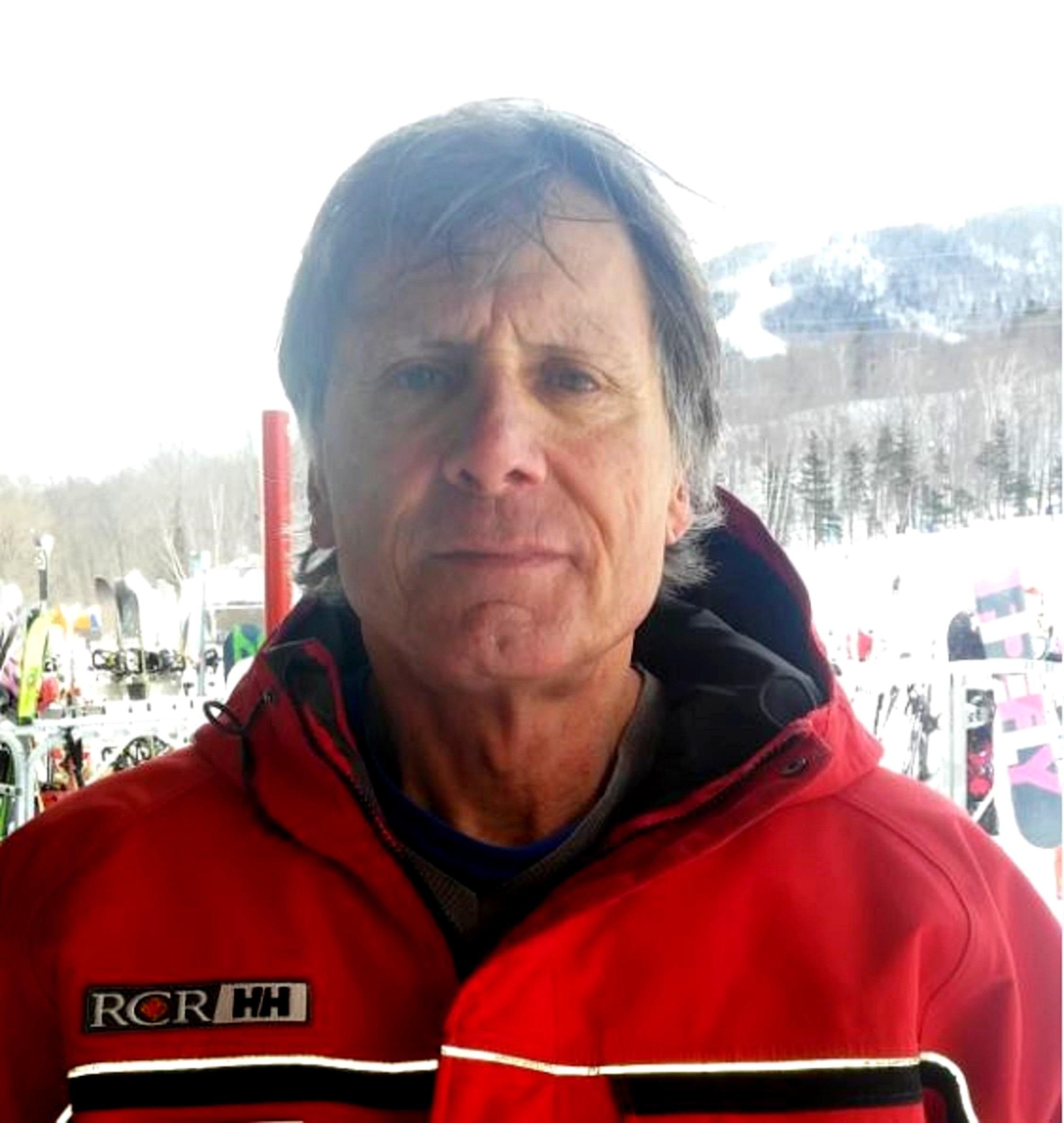 Christian Lepage a été moniteur-entraîneur de ski alpin pendant 28 ans au Mont-Comi et plus tard au mont Sainte-Anne. Originaire de Rimouski, il travaille maintenant à Québec.