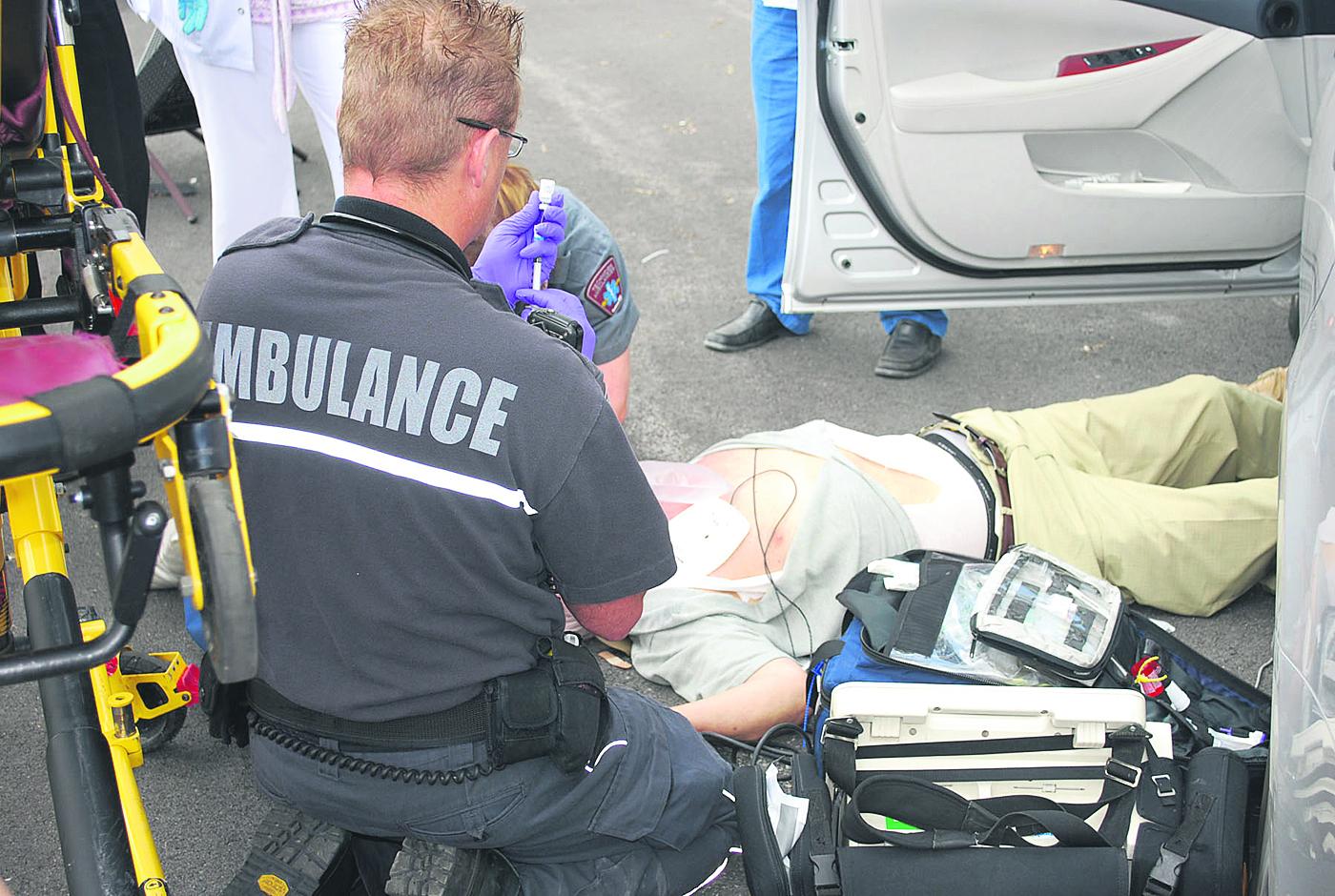 Ambulance ambulancier paramédics