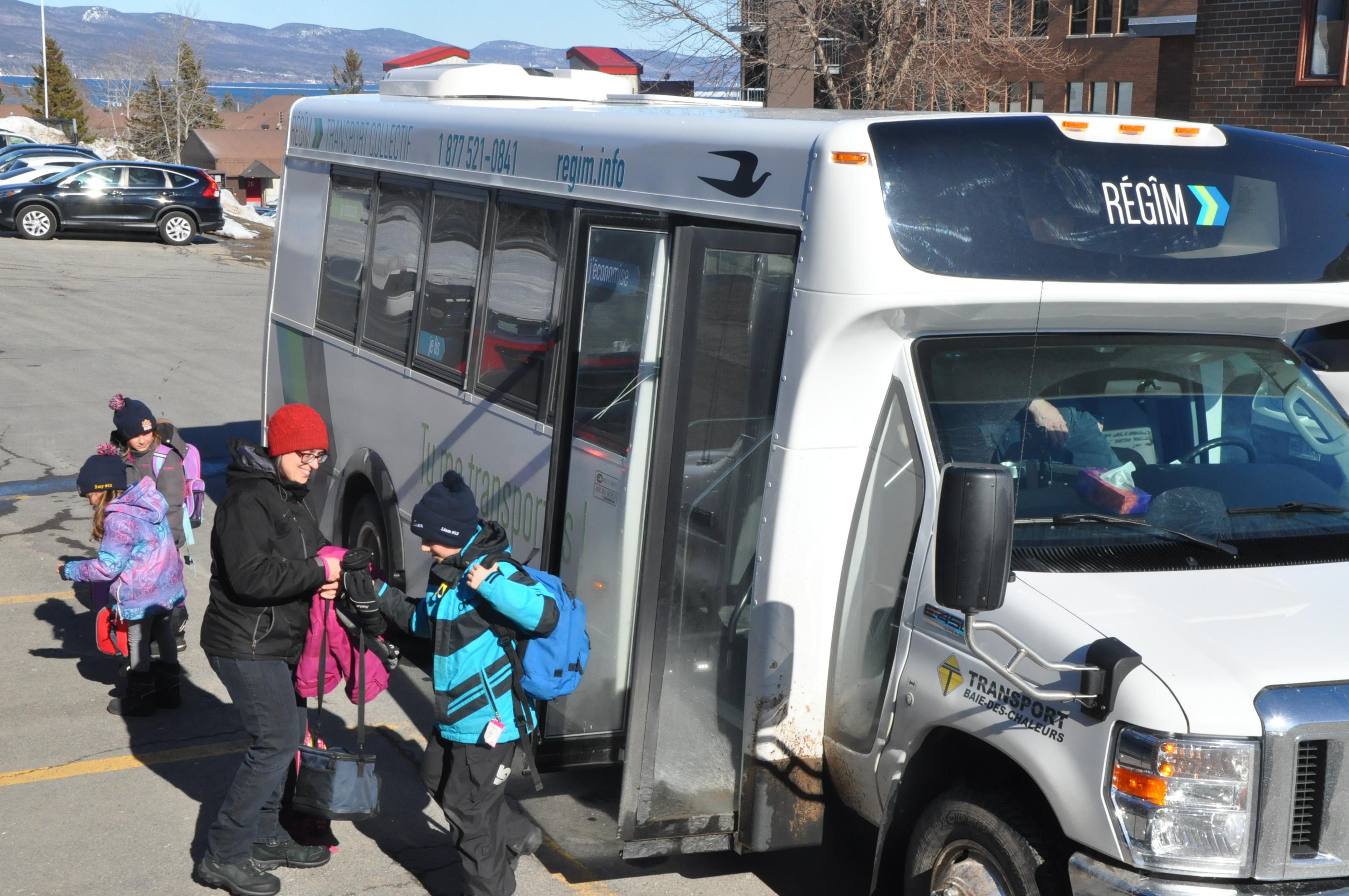 Bus RéGÎM régim Navette