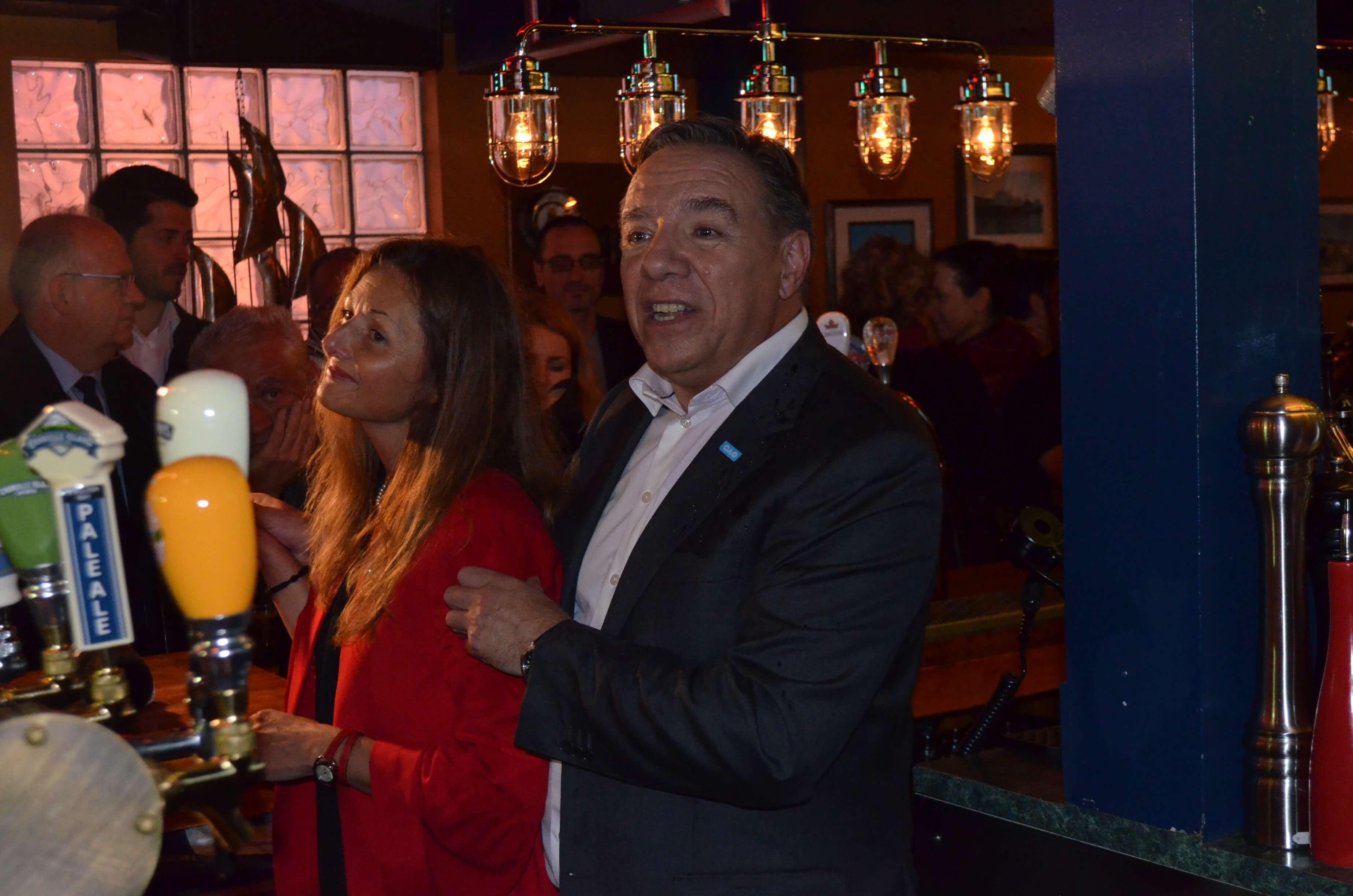 François Legault et sa candidate dans Rimouski, Nancy Lévesque.