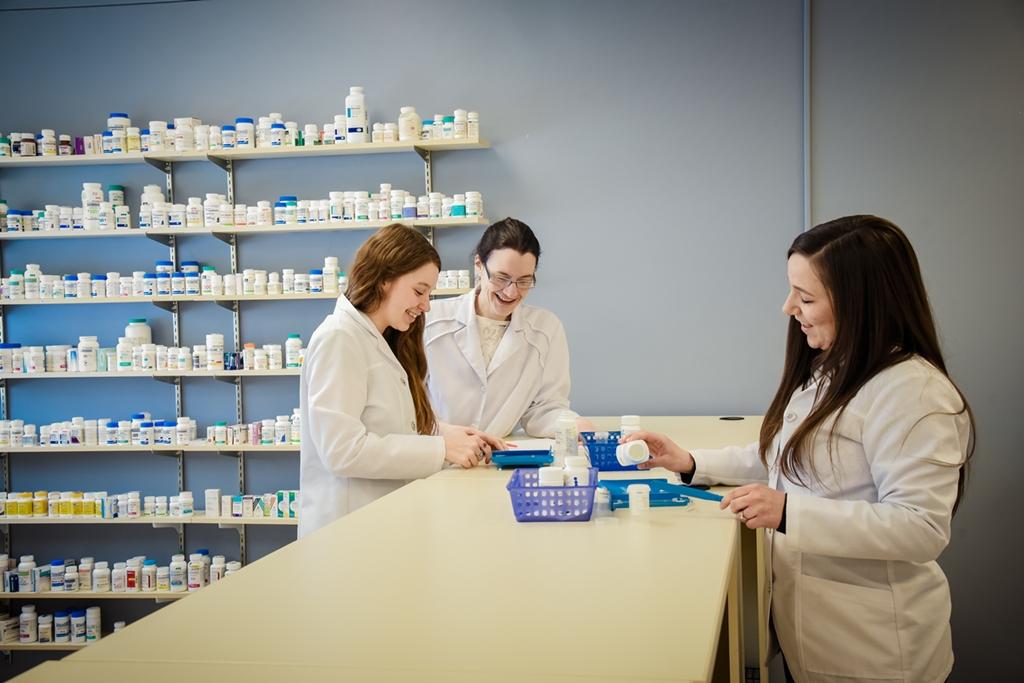 Assistant technique pharmacie