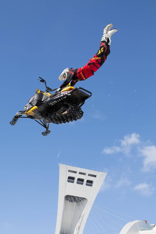 Jonathan Belzile motoneige freestyle stade olympique