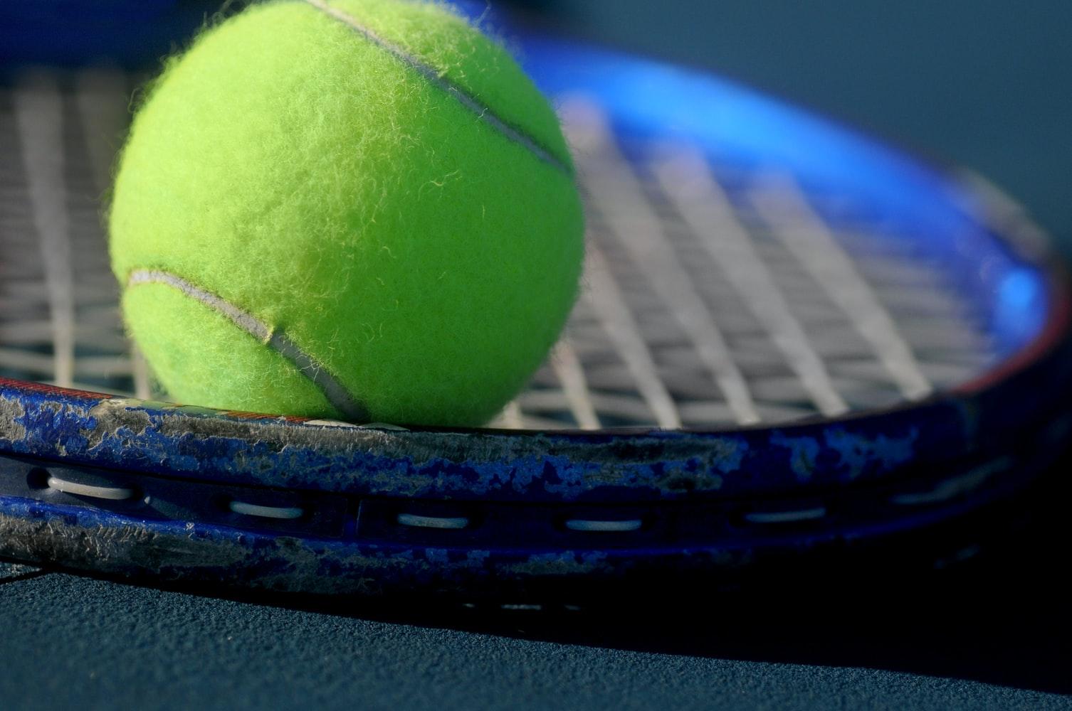 La pratique du tennis en simple est maintenant possible,