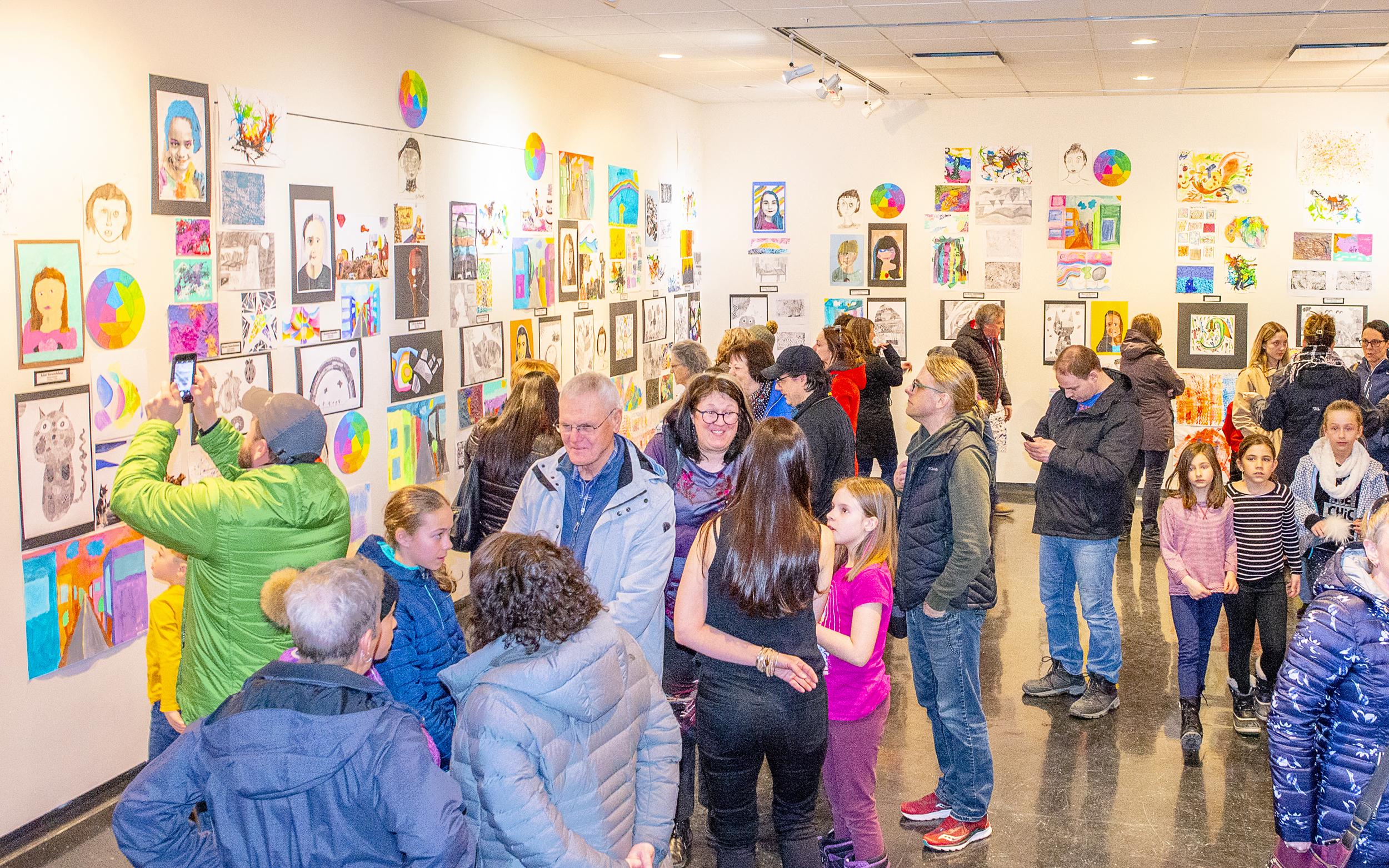 Exposition Matane enfants arts plastiques complexe culturel