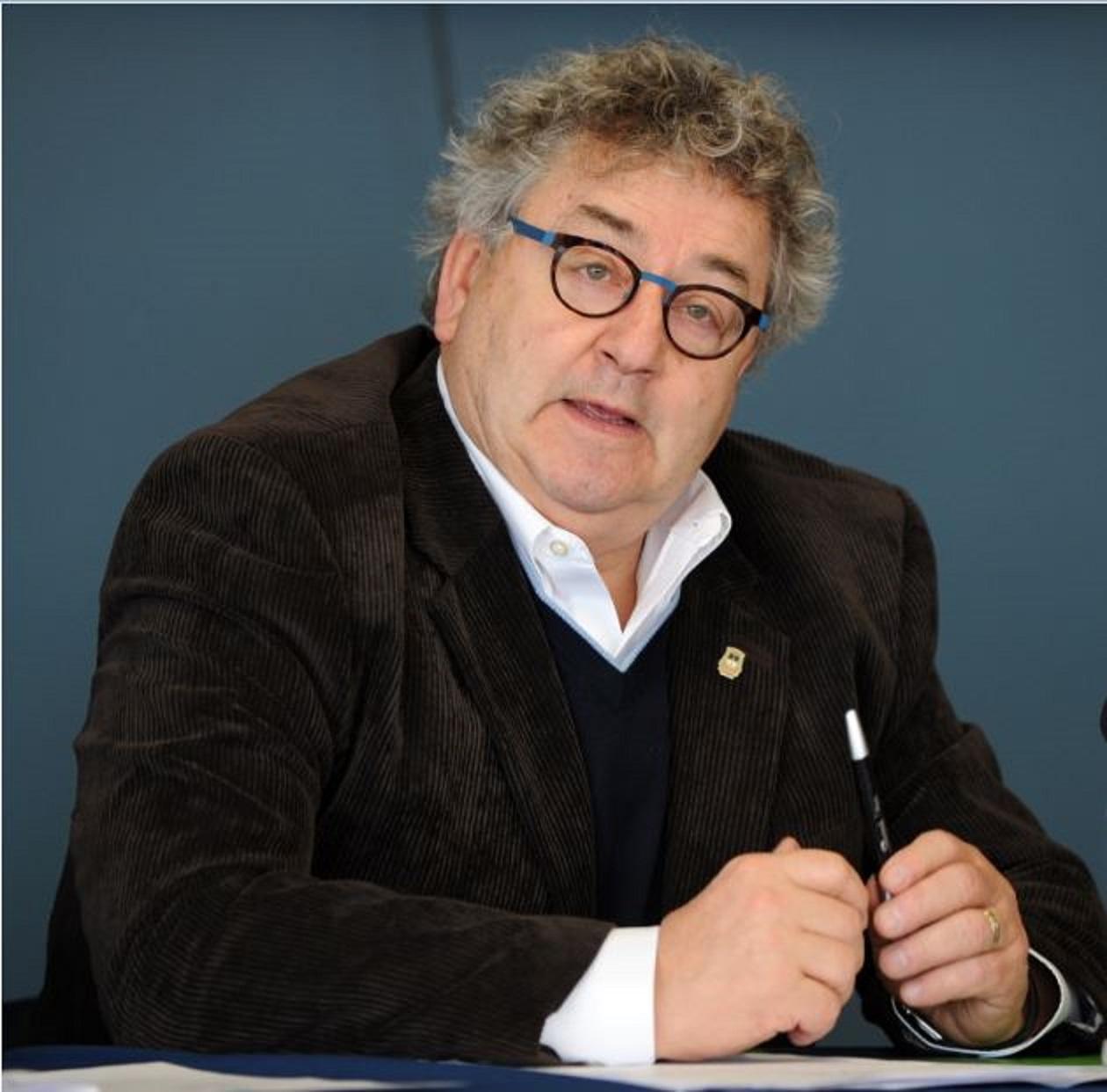 Le sénateur Éric Forest.
