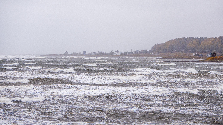 Tempête bord de mer vagues