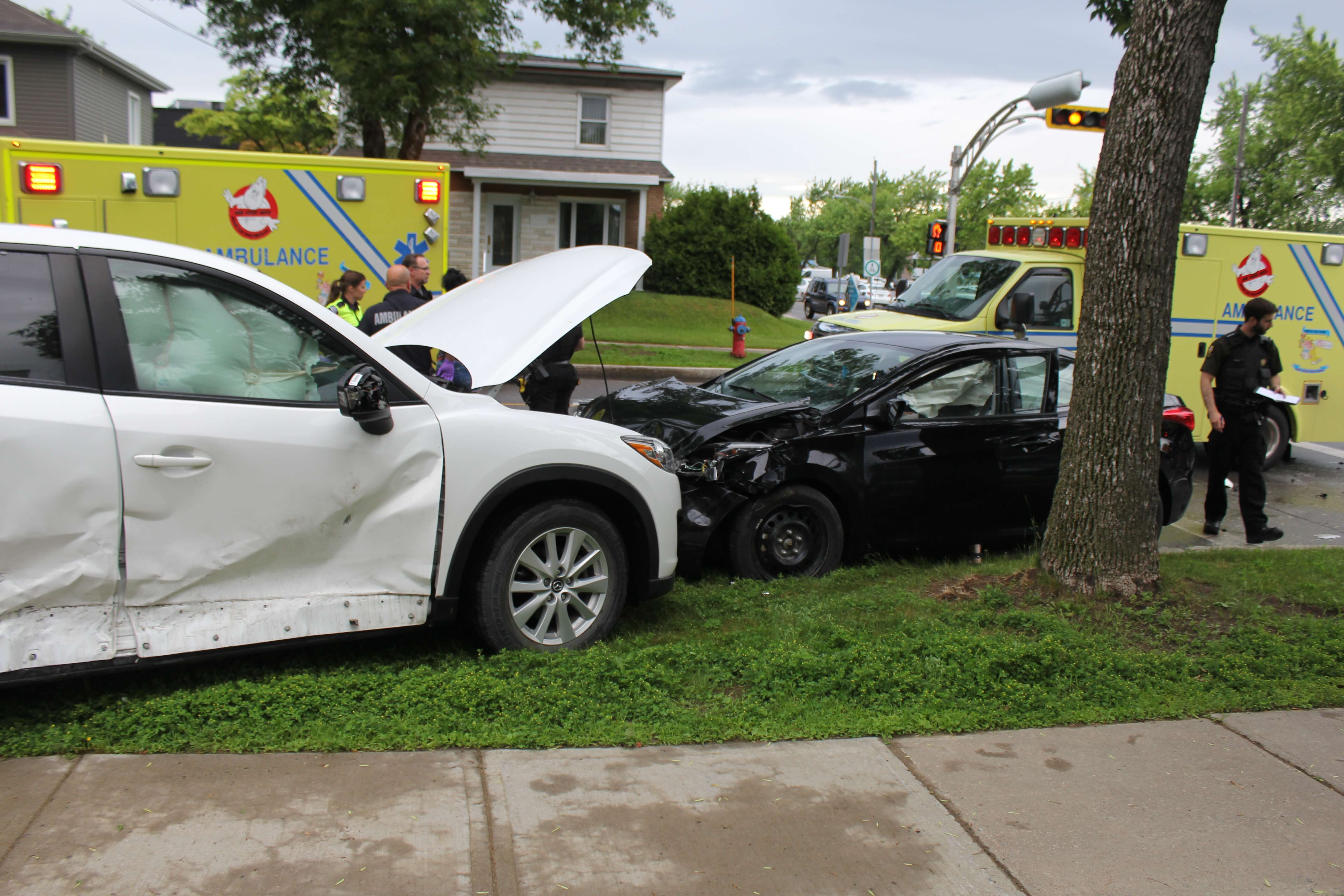 Deux voitures sont entrées en collision le 18 juin 2018 à Joliette.